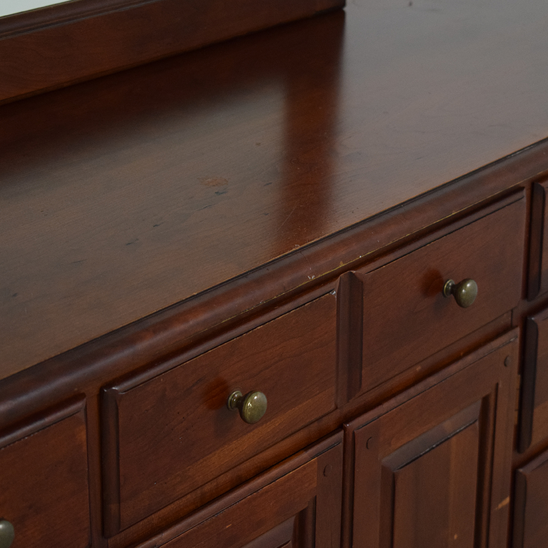 Hooker Furniture Hooker Furniture Dresser with Mirror ct