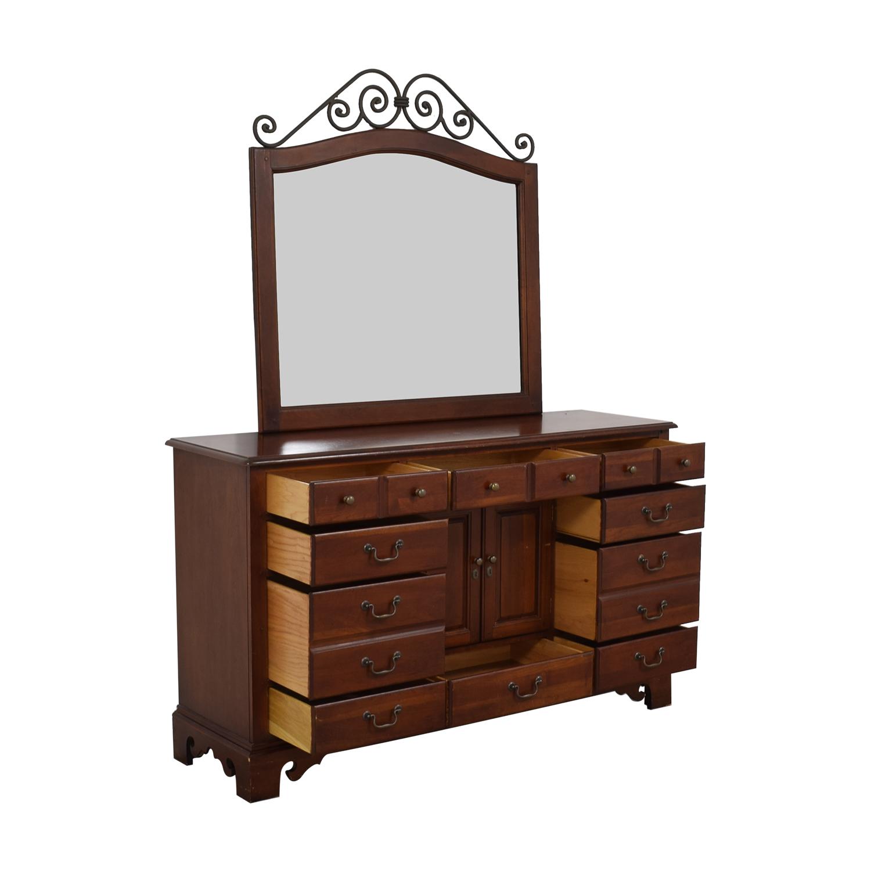 Hooker Furniture Hooker Furniture Dresser with Mirror pa