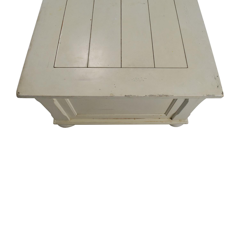 56 Off Klaussner Klaussner Furniture Treasures White