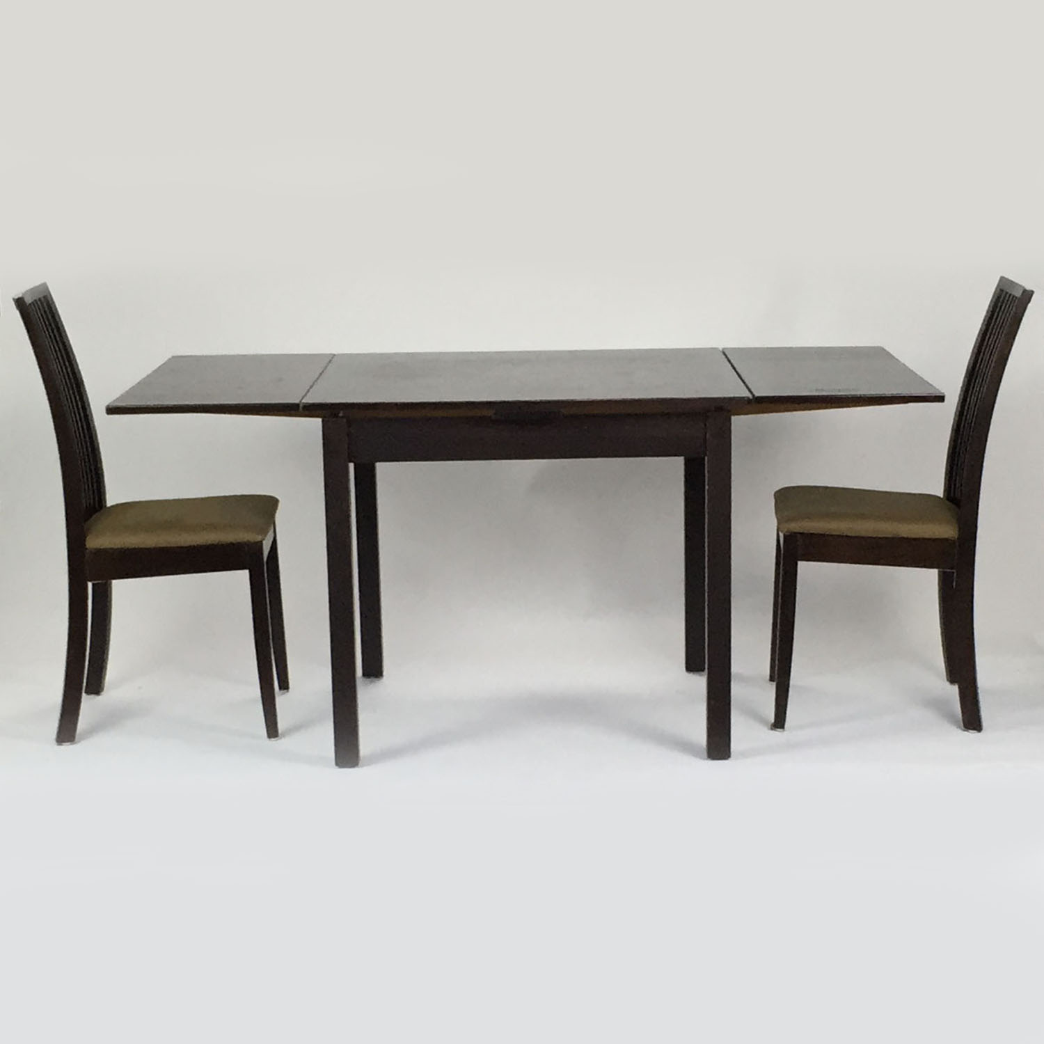 Door Store Extendable table with 2 chairs coupon
