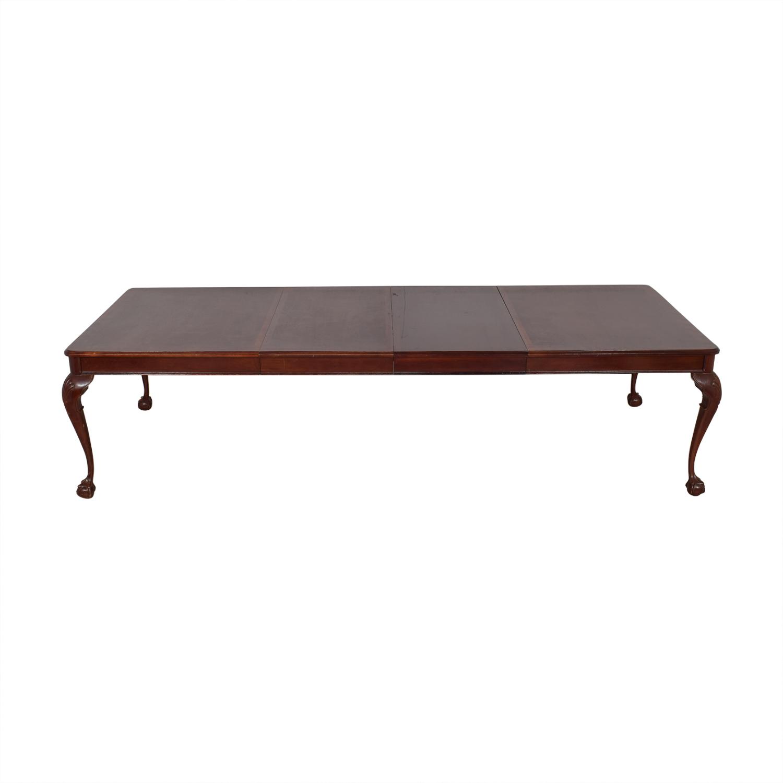 Bernhardt Dining Table / Dinner Tables