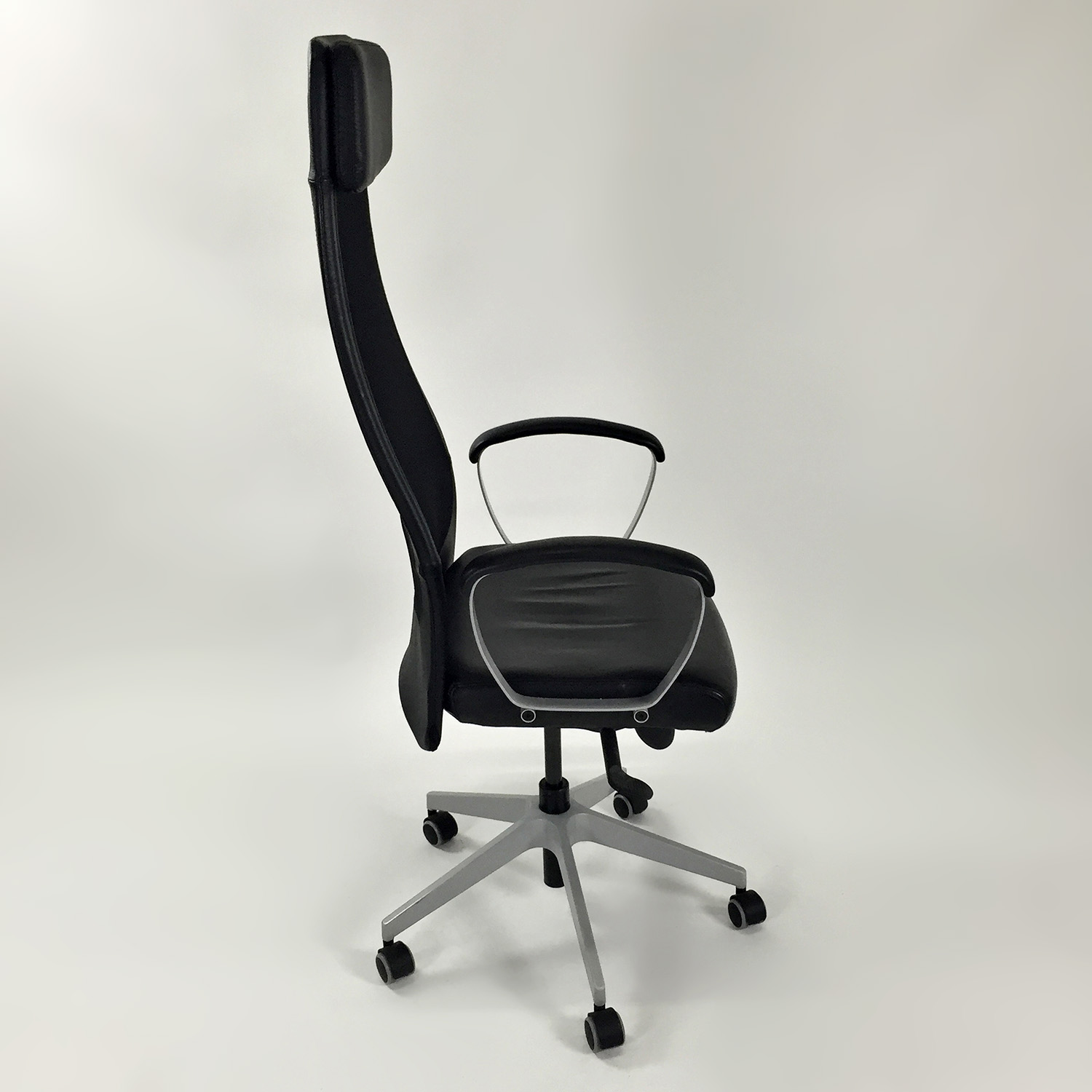 51 Off Ikea Markus Swivel Chair Chairs