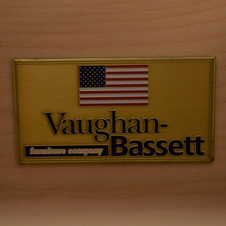 Vaughan-Bassett Vaughan-Bassett Triple Dresser price