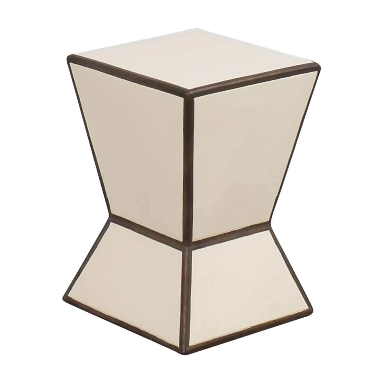 West Elm Hourglass Side Table pa