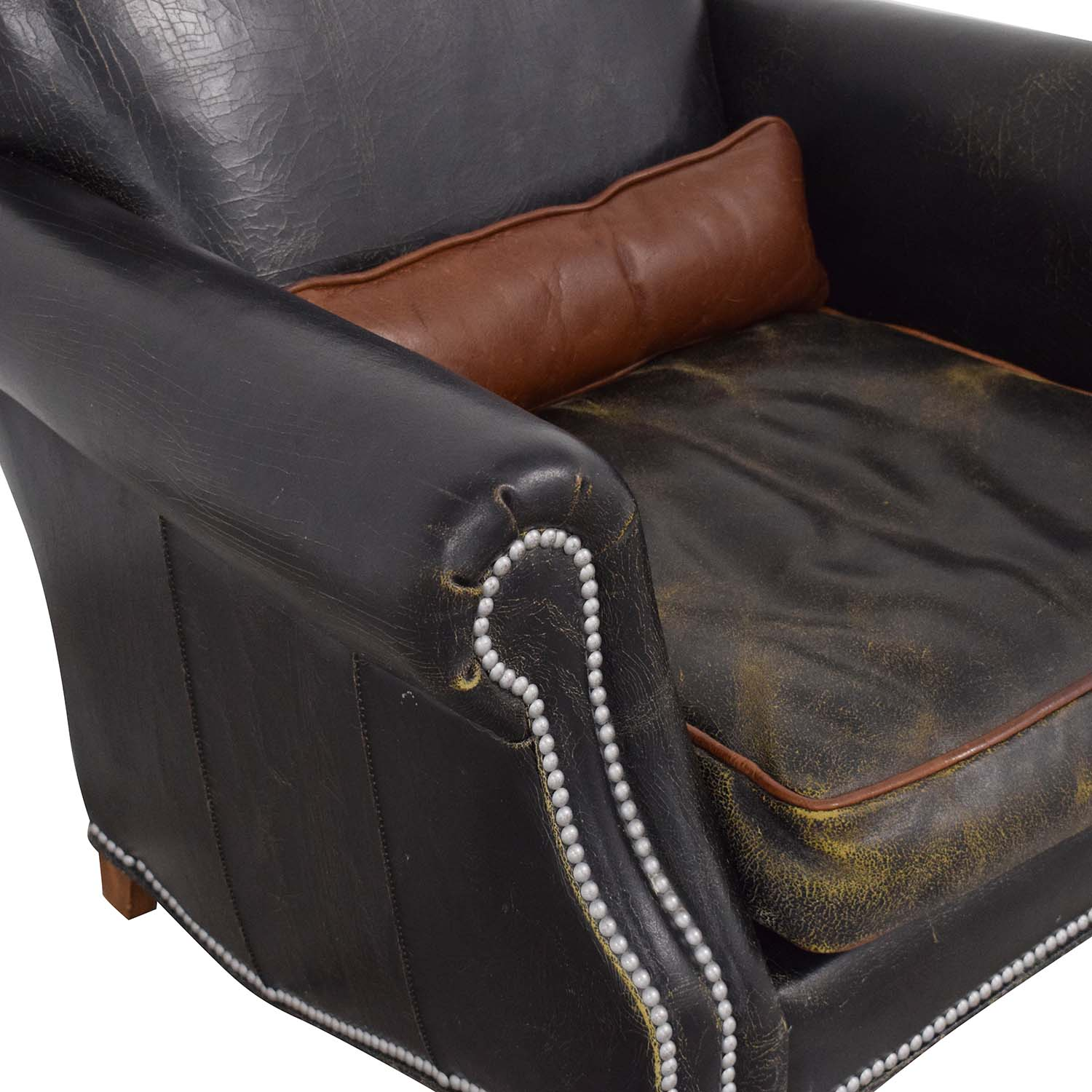shop Old Hickory Tannery Distressed Club Chair Old Hickory Tannery Accent Chairs