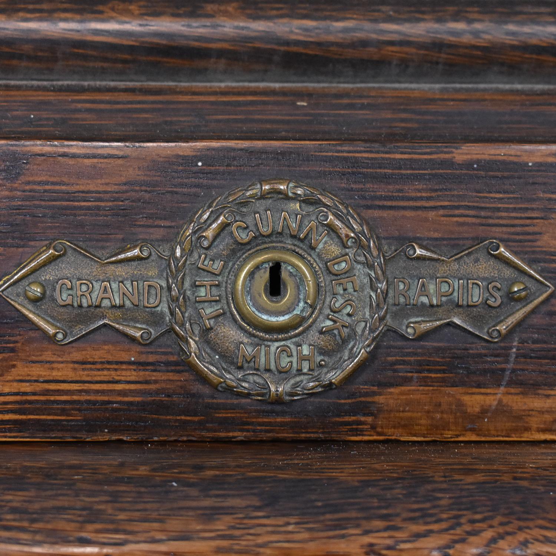 Gunn Furniture Roll-Top Desk / Tables