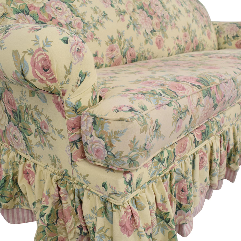 Bassett Furniture Bassett Furniture Skirted Sofa Bed multi