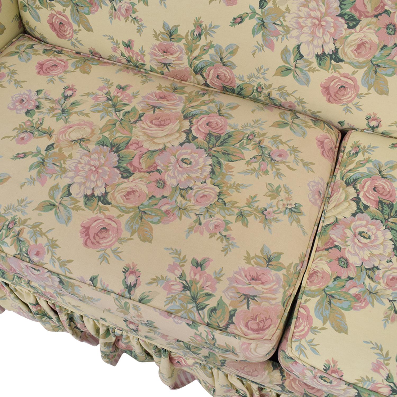 Bassett Furniture Bassett Furniture Skirted Sofa Bed