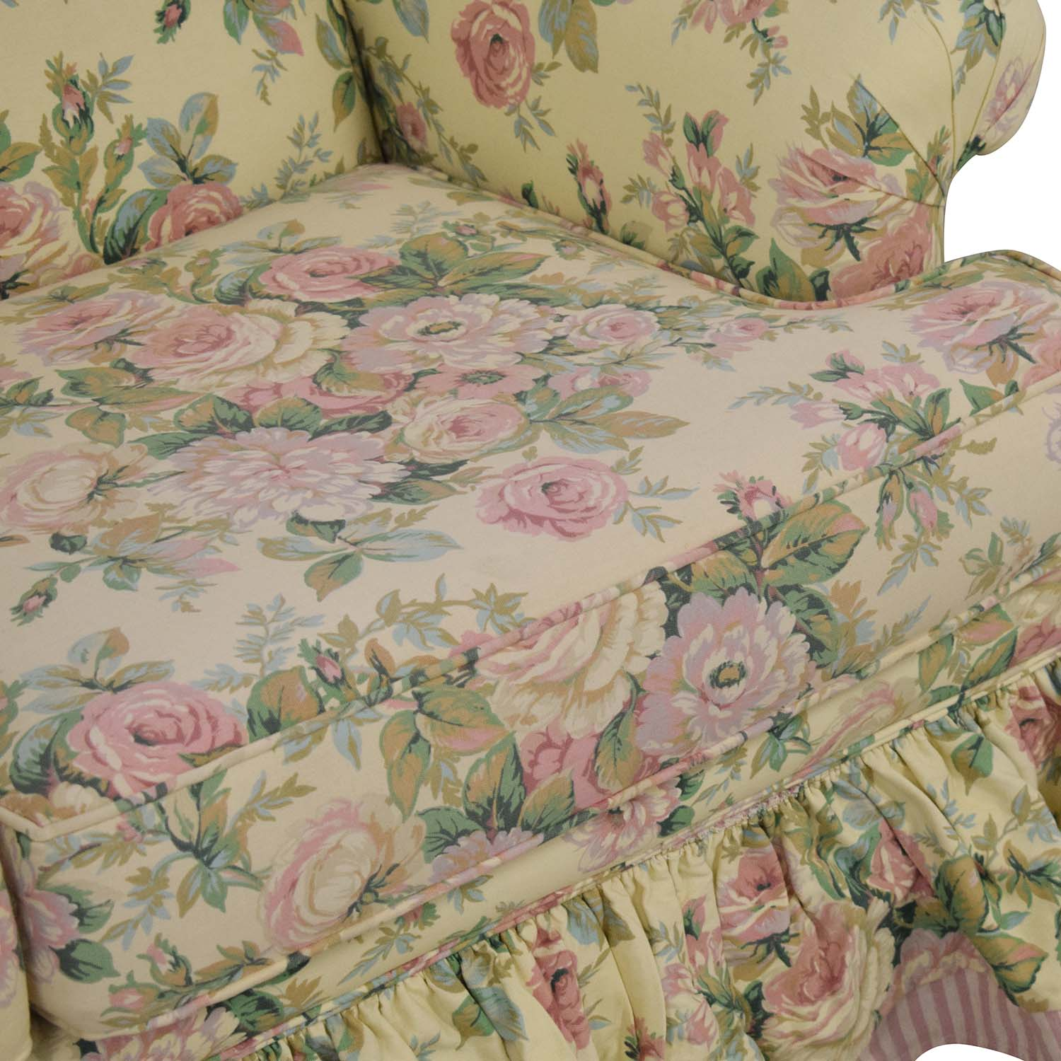 shop Clayton House Clayton House Floral Skirted Loveseat online