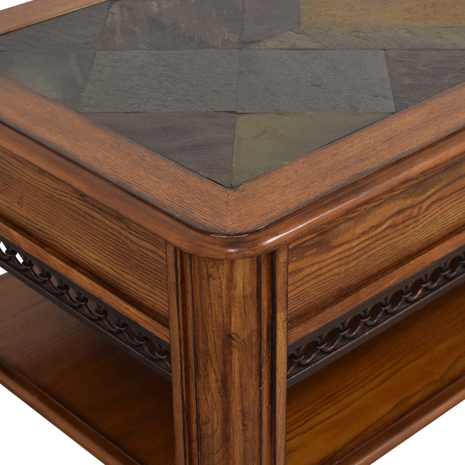 Raymour & Flanigan Lift Top Coffee Table / Coffee Tables