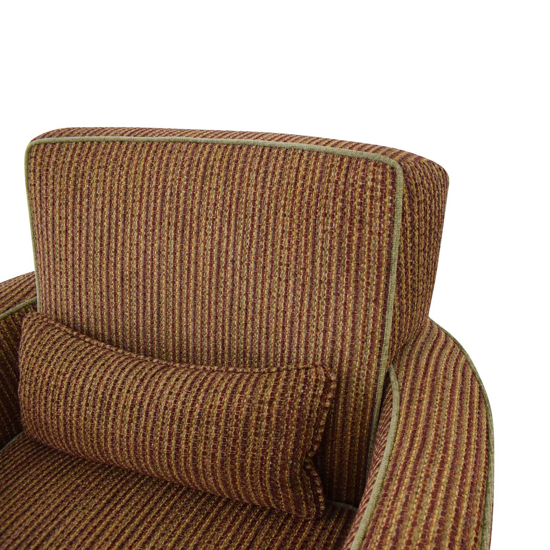 Swivel Club Chair / Accent Chairs