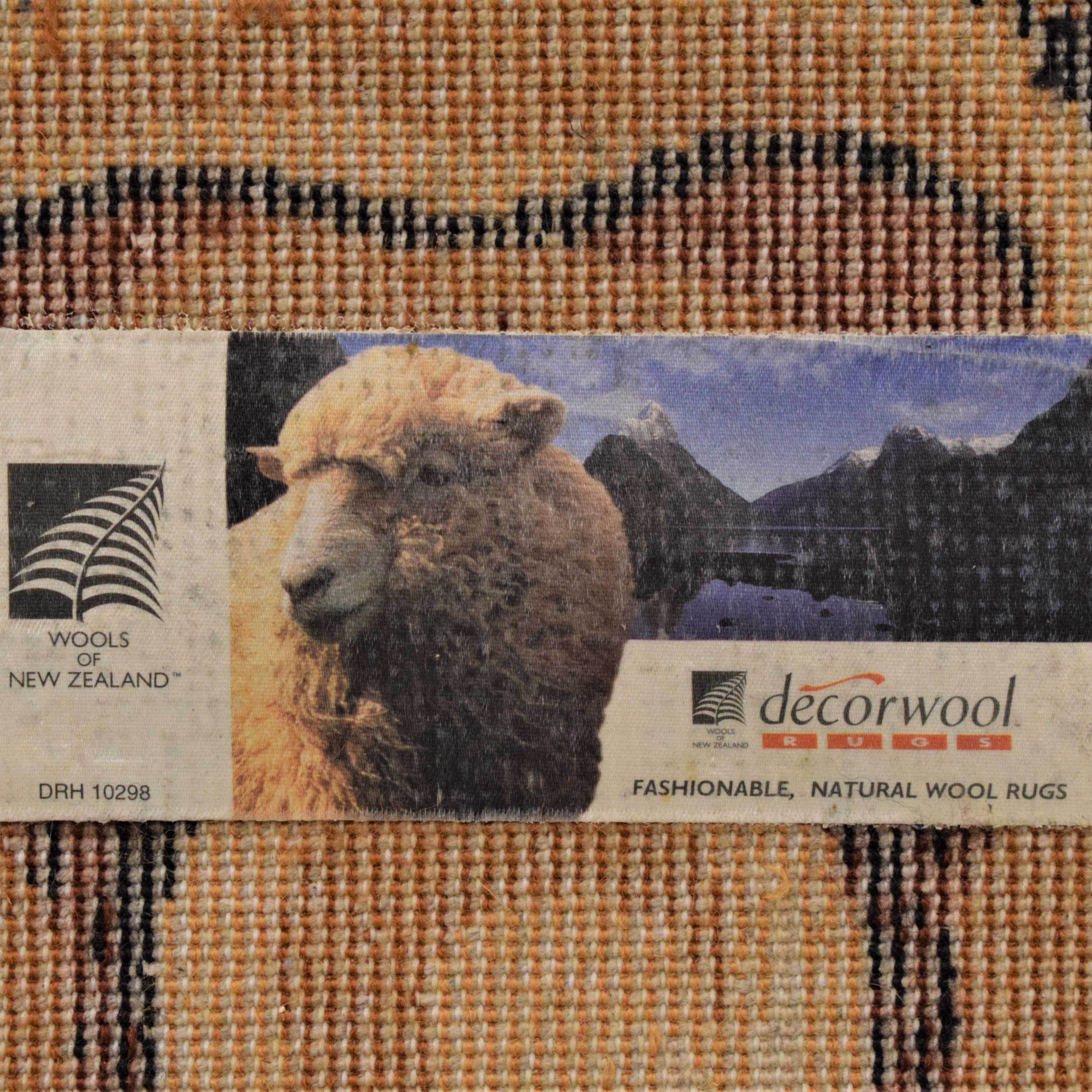 Decorwool Decorwool Versace-Inspired Recangular Rug used