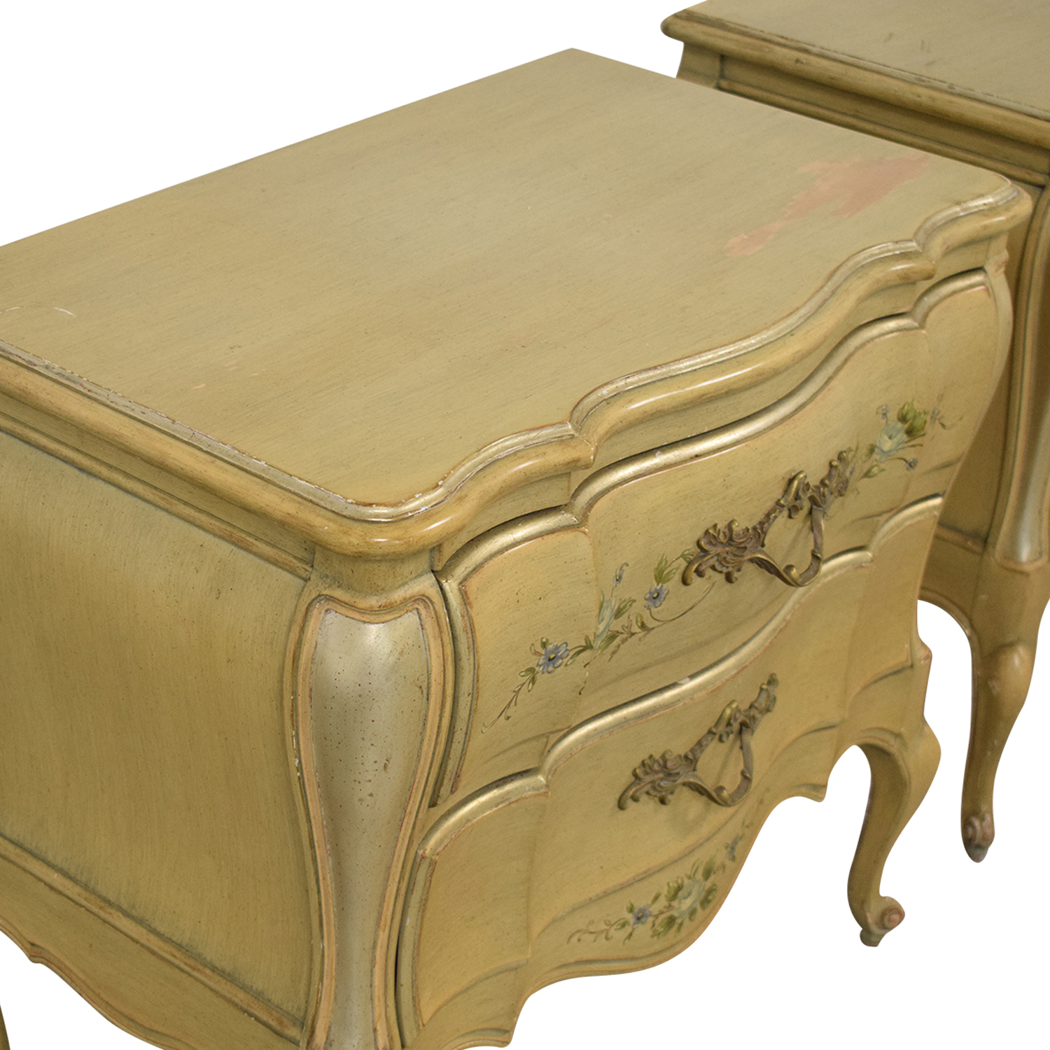 Rucker Industries Rucker Industries Dixon Powdermaker French Provincial Style Nightstands pa