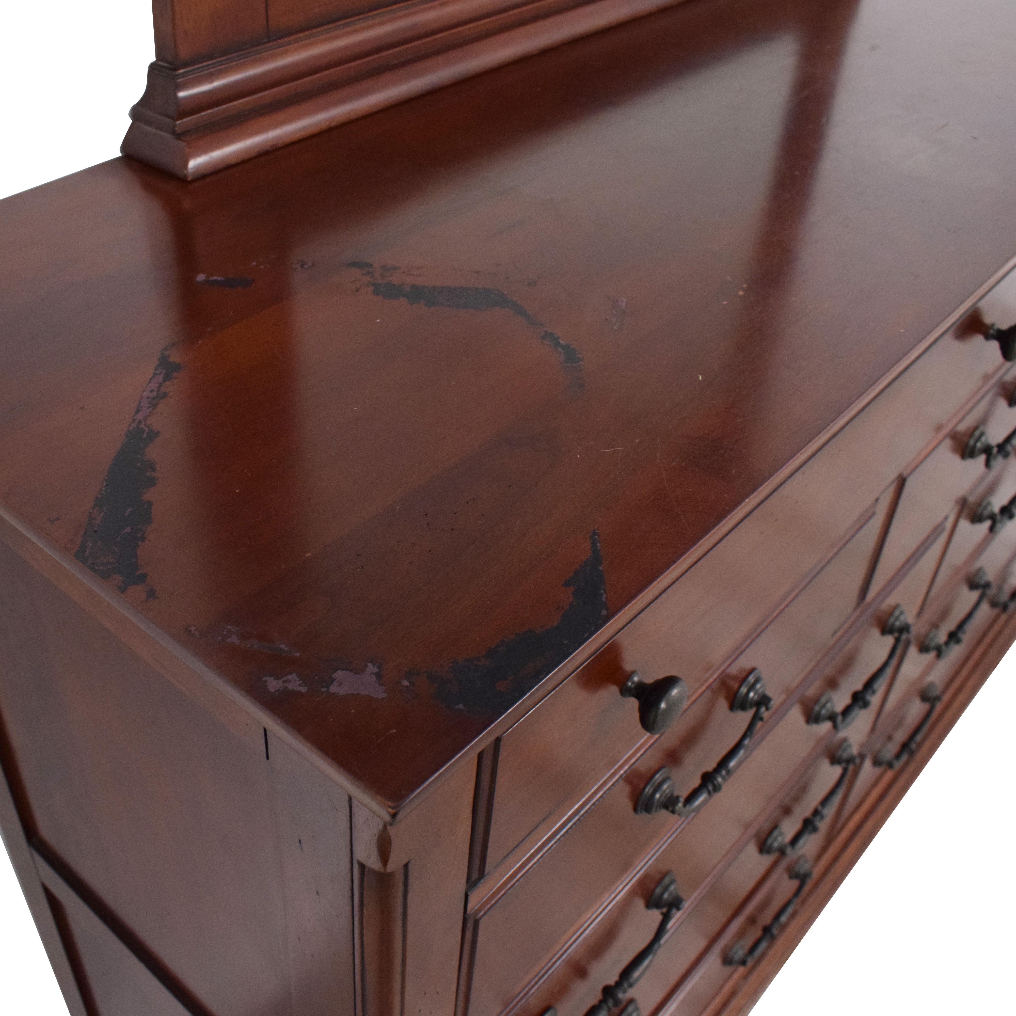 Dresser with Mirror ct