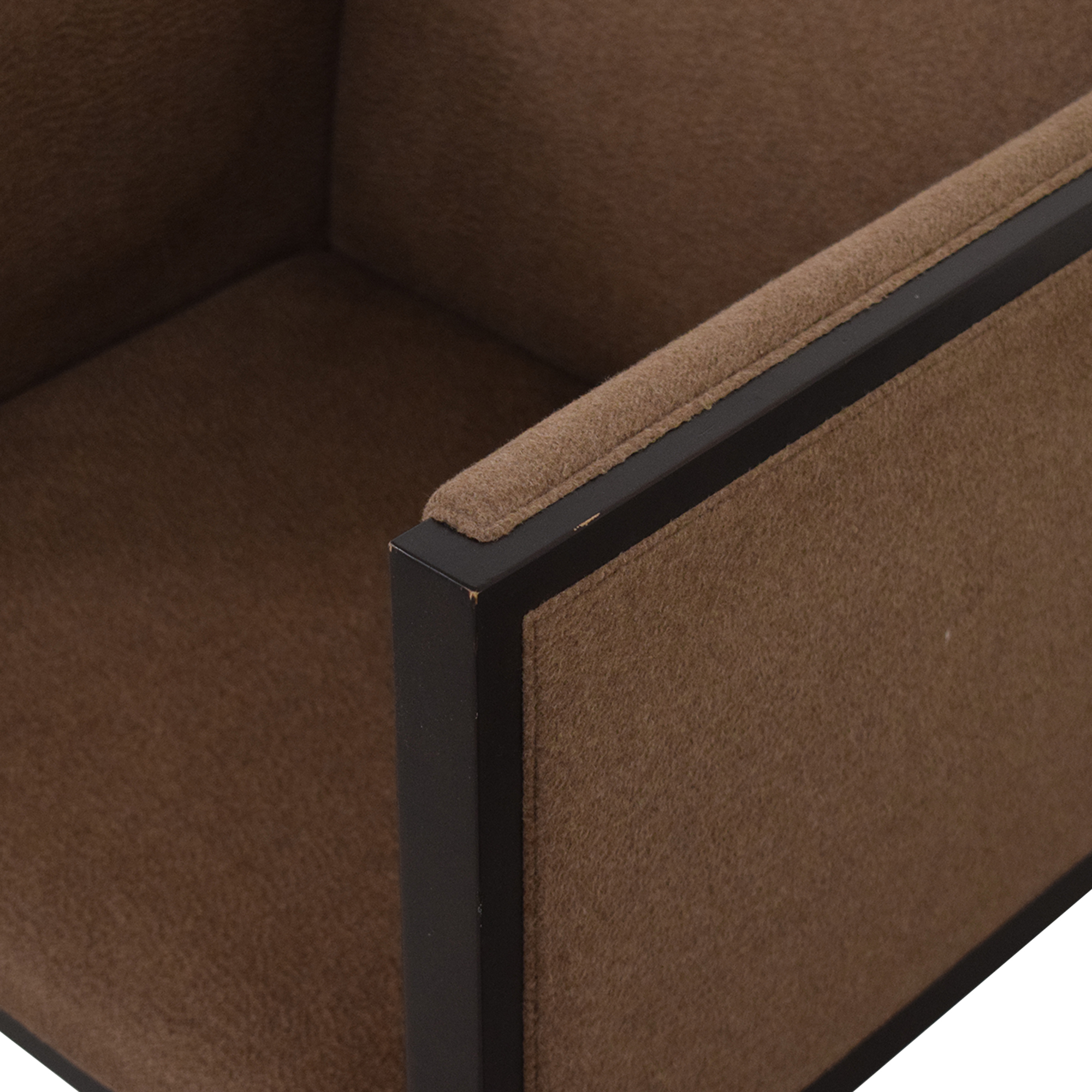 Hudson Furniture & Bedding Hudson Furniture & Bedding Tuxedo Accent Chair