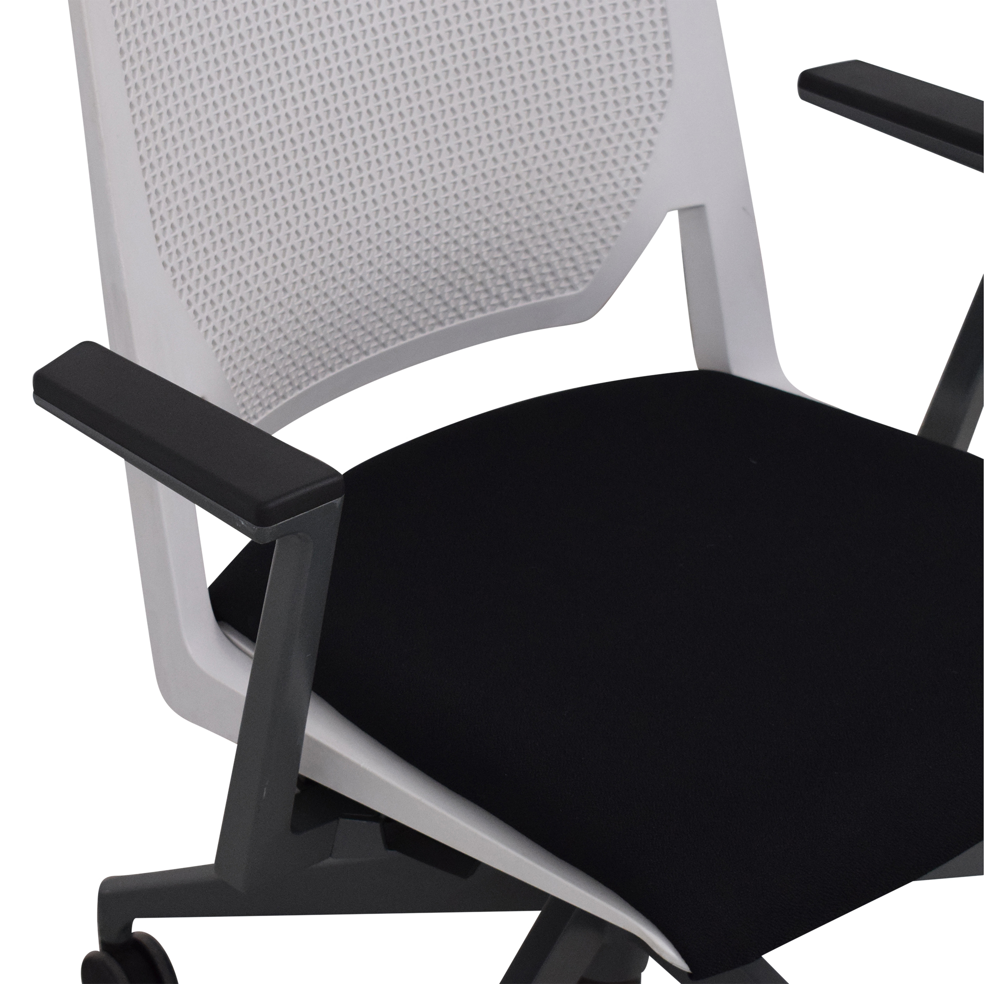 buy Haworth Haworth Very Conference Chair with Arms online
