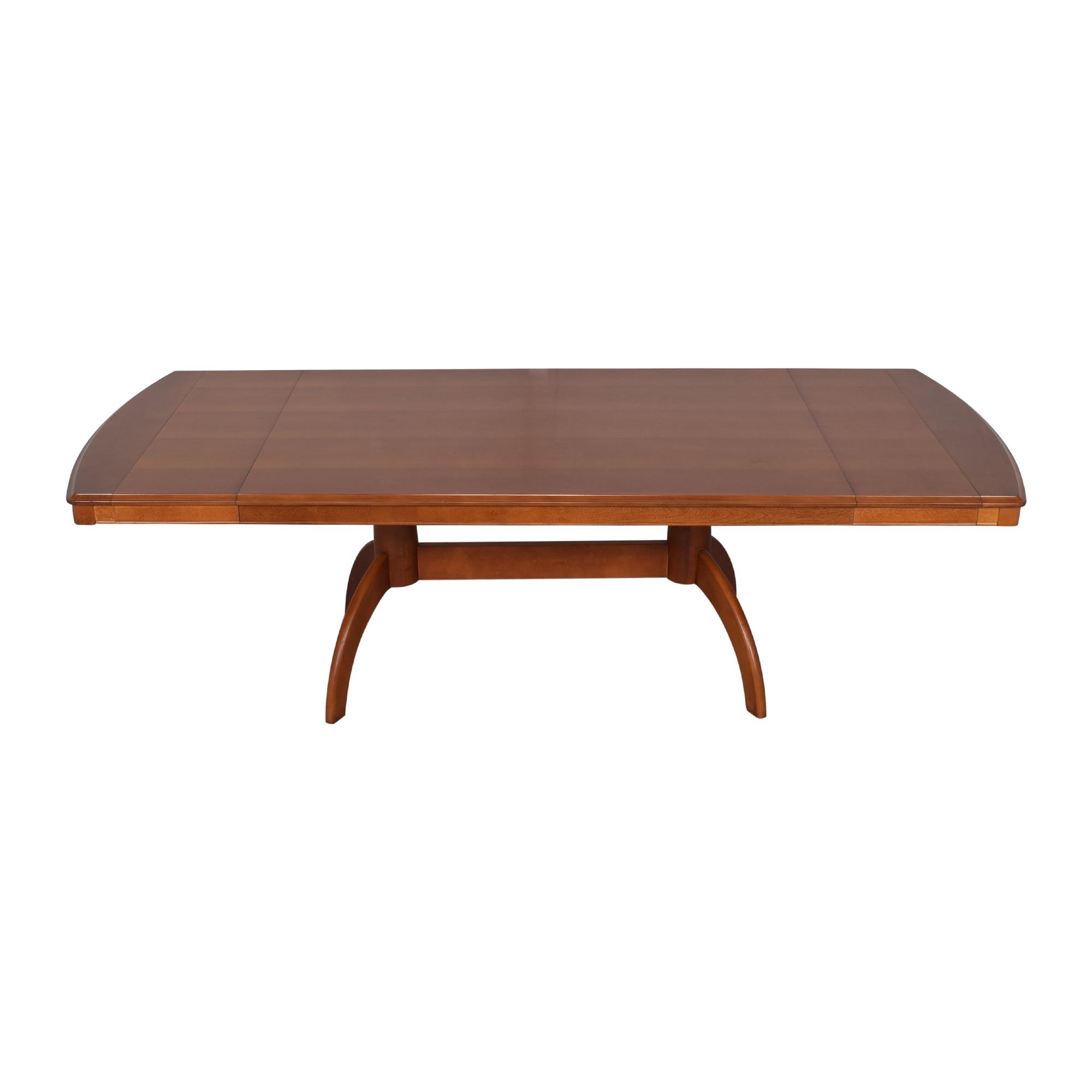 Bassett Furniture Bassett Extendable Dining Table second hand