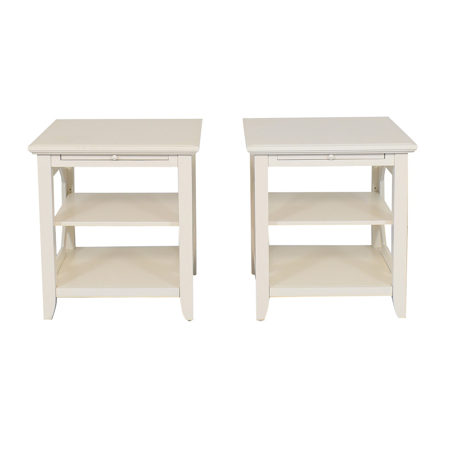 Raymour & Flanigan Raymour & Flanigan End Tables white