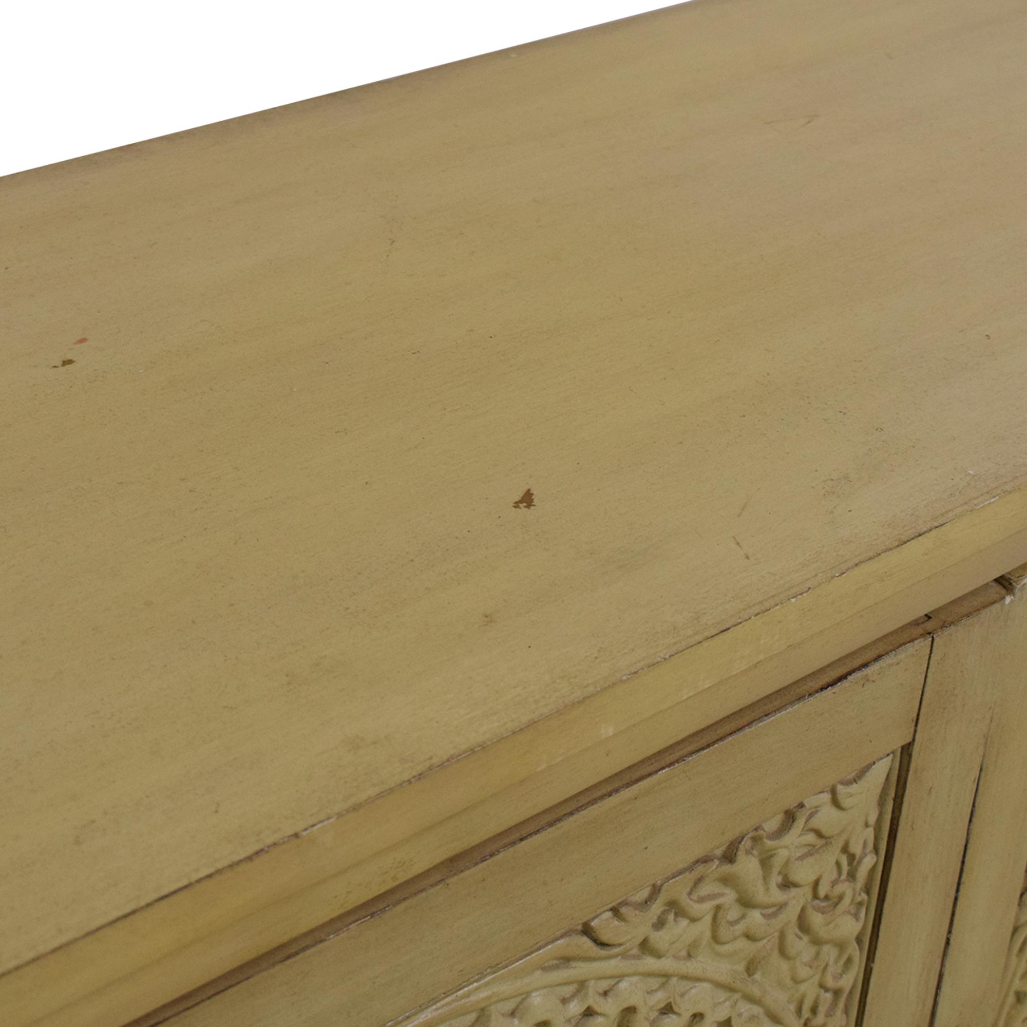 Hooker Furniture Hooker Furniture Matisette Cabinet second hand