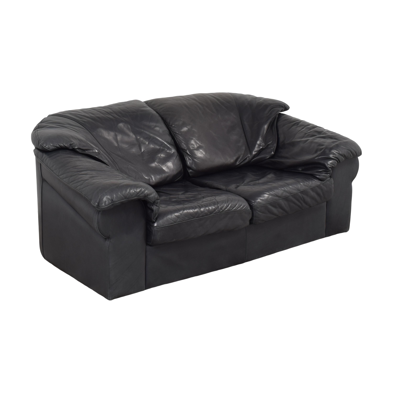 Leather Center Flat Arm Loveseat / Sofas