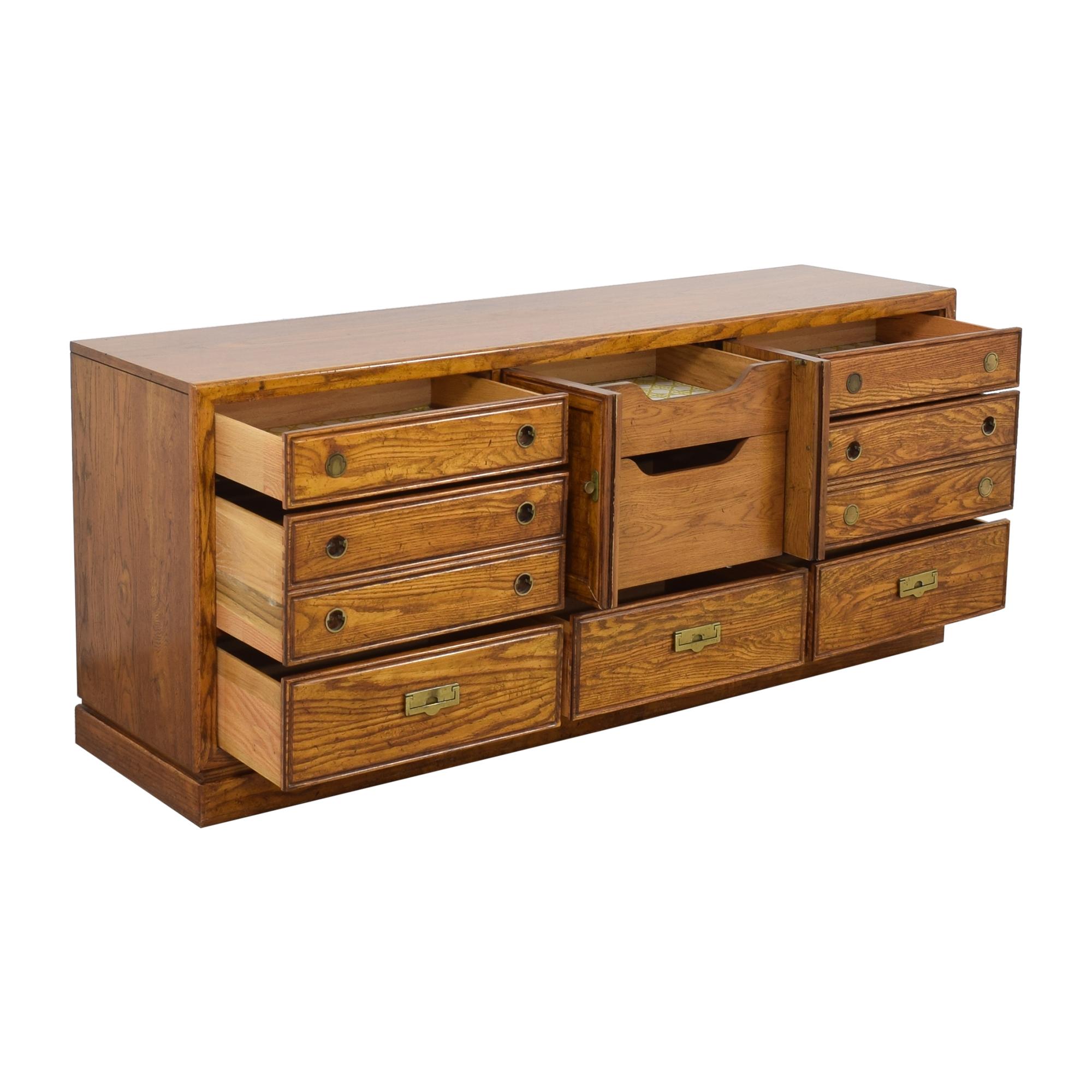 Thomasville Thomasville Vintage Dresser dimensions