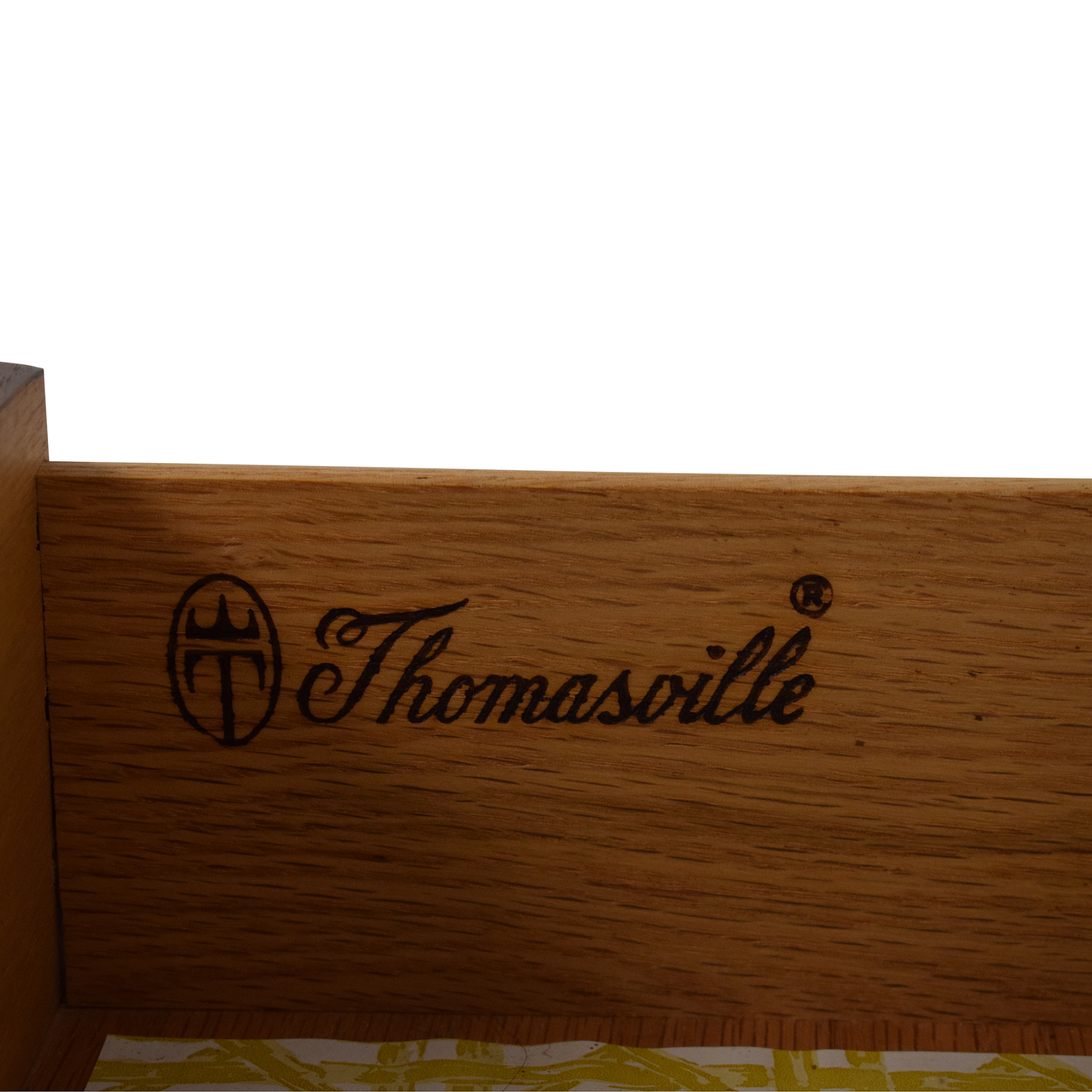 Thomasville Vintage Dresser / Dressers