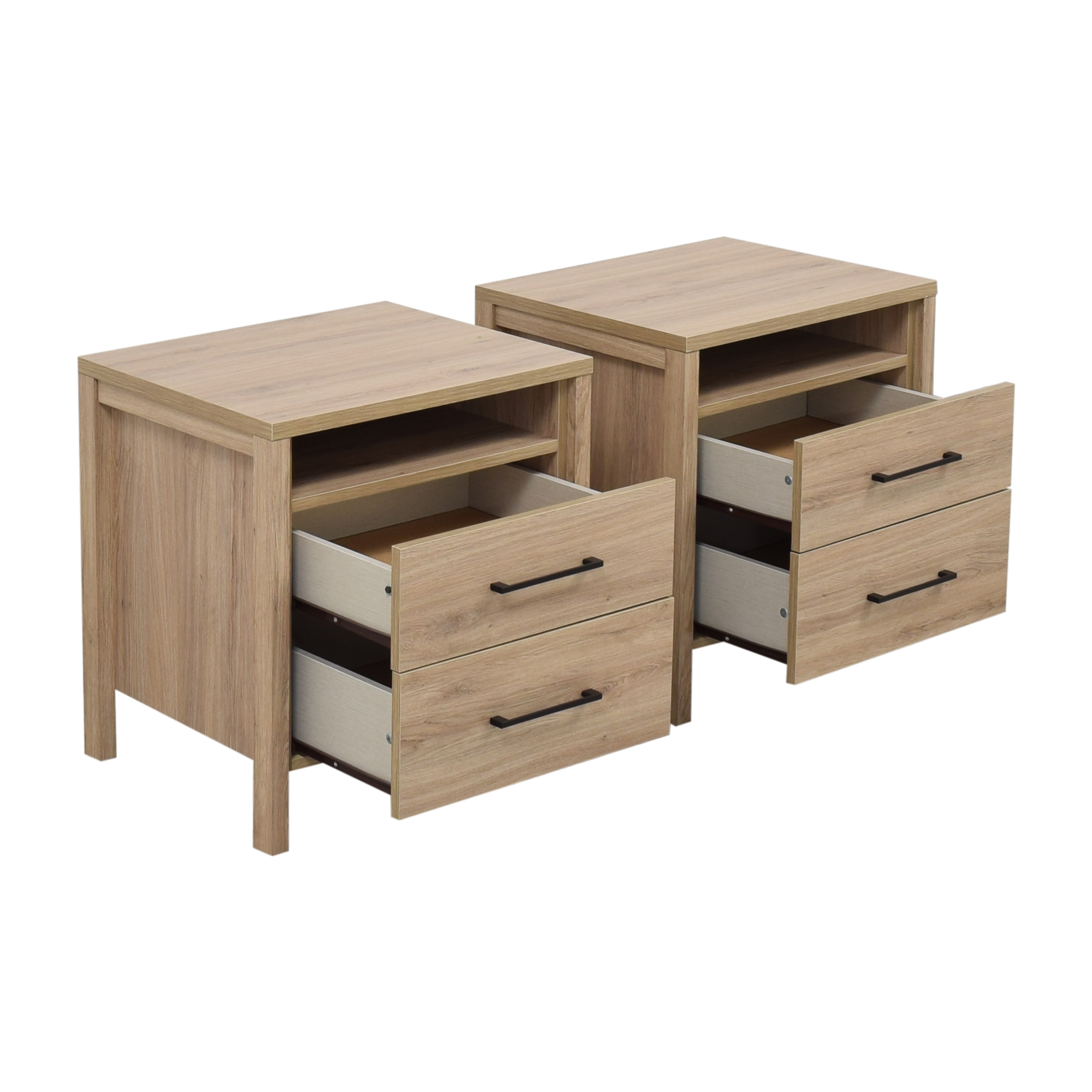 Macy's Gatlin End Table Nightstands / Tables