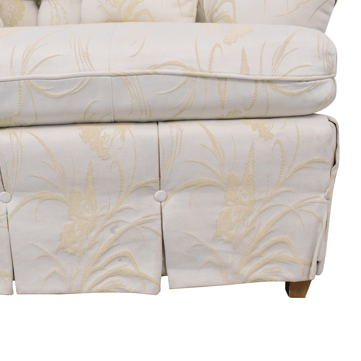 Key City Furniture Key City Furniture Tufted Sofa