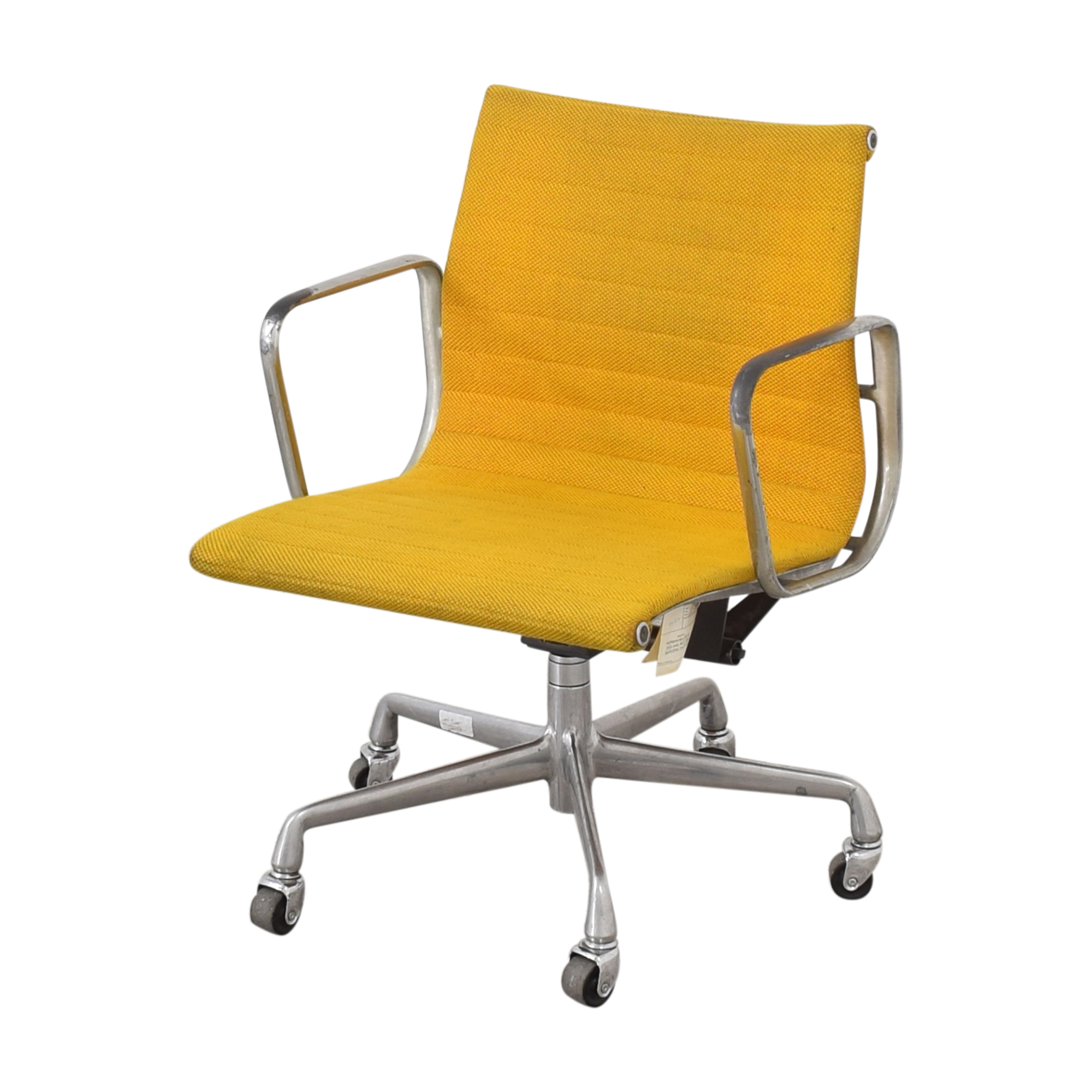 73 Off Herman Miller Herman Miller Eames Aluminum Group Management Chair Chairs