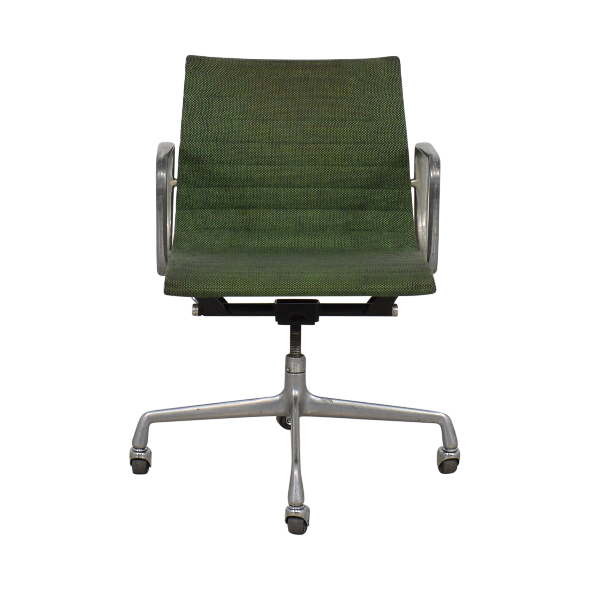 Herman Miller Herman Miller Eames Aluminum Group Management Chair used
