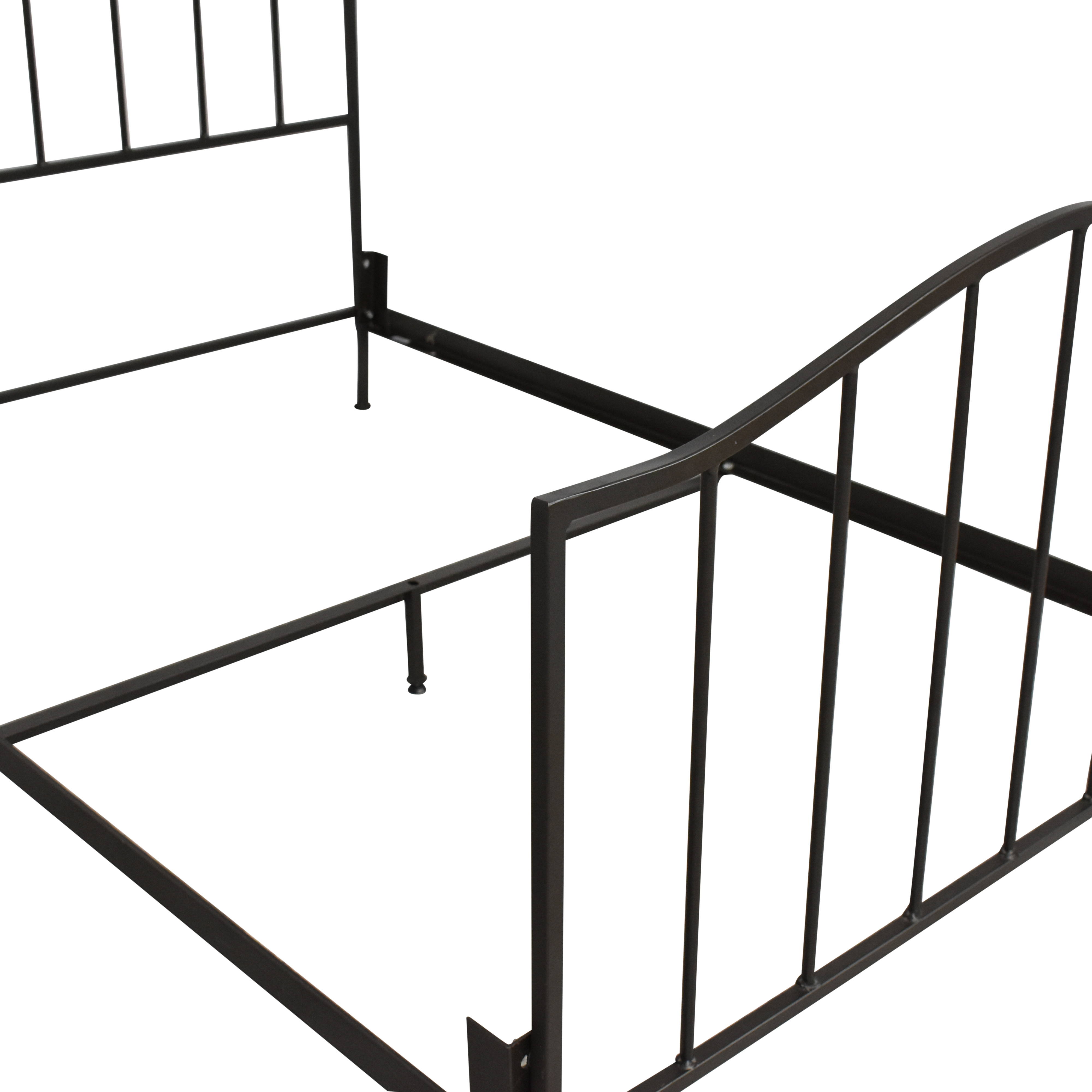 Crate & Barrel Crate &Barrel Full Metal Bed Frame pa