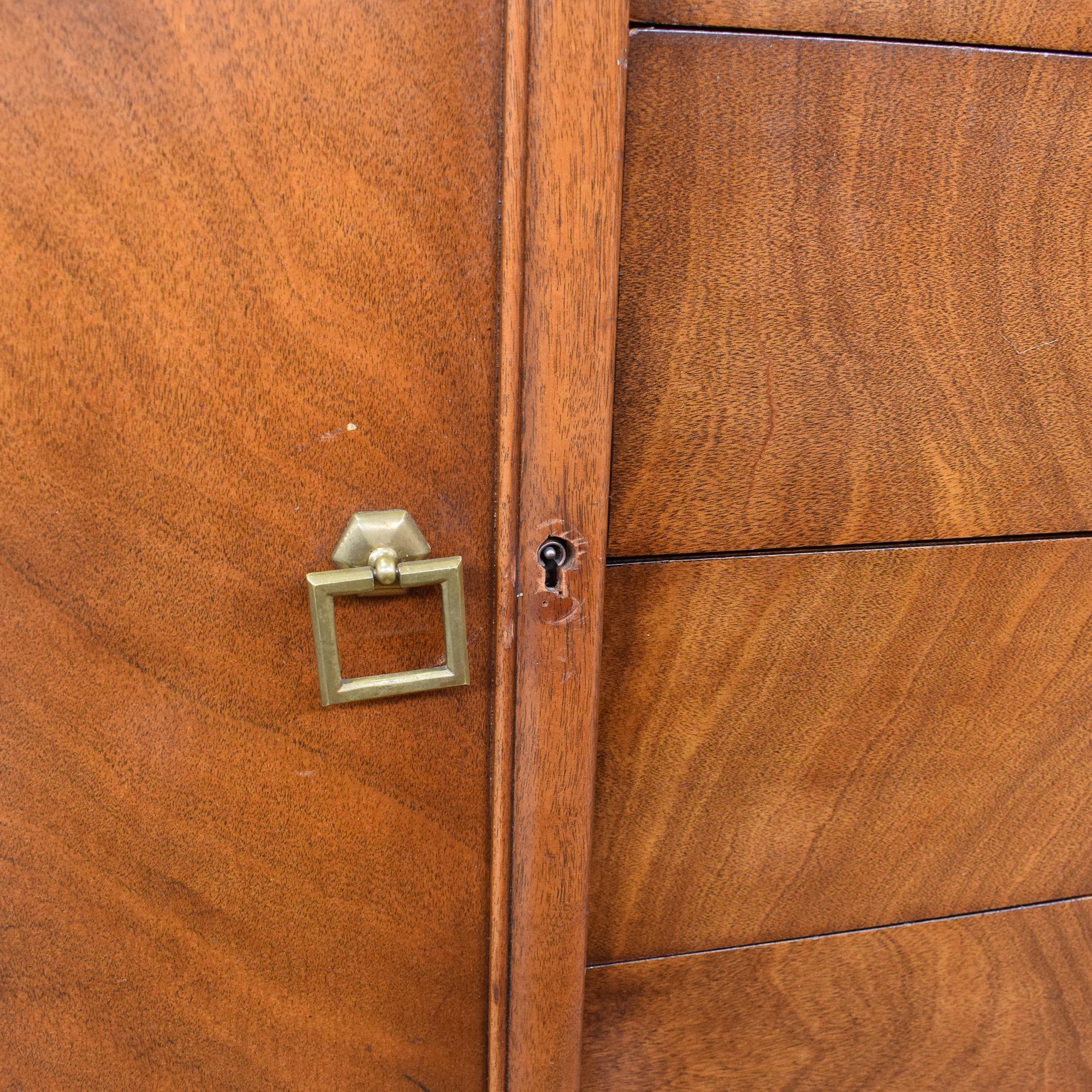 Landstrom Furniture Landstrom Furniture Company Regency Sideboard used