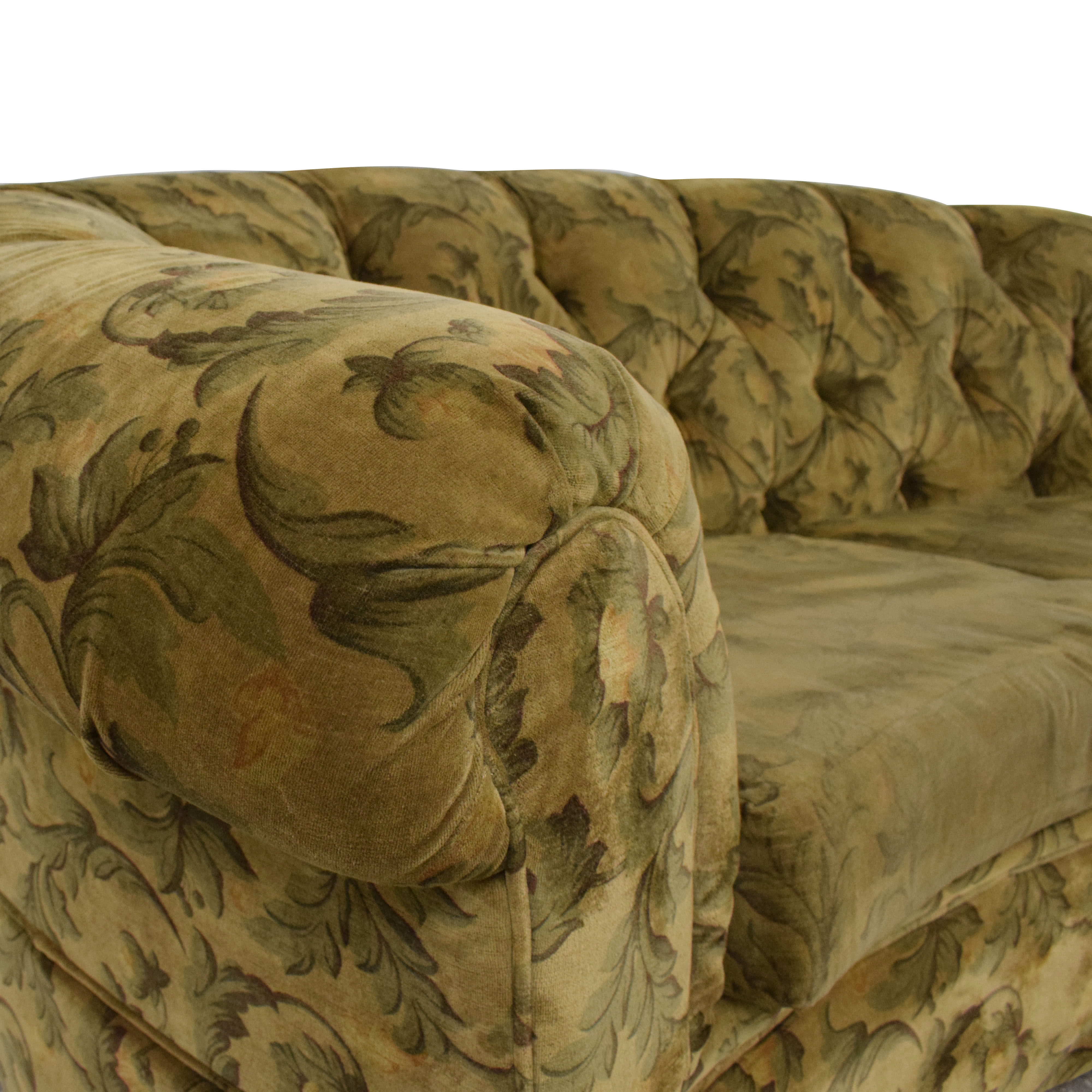 Curved Back Rolled Arm Tufted Sofa green