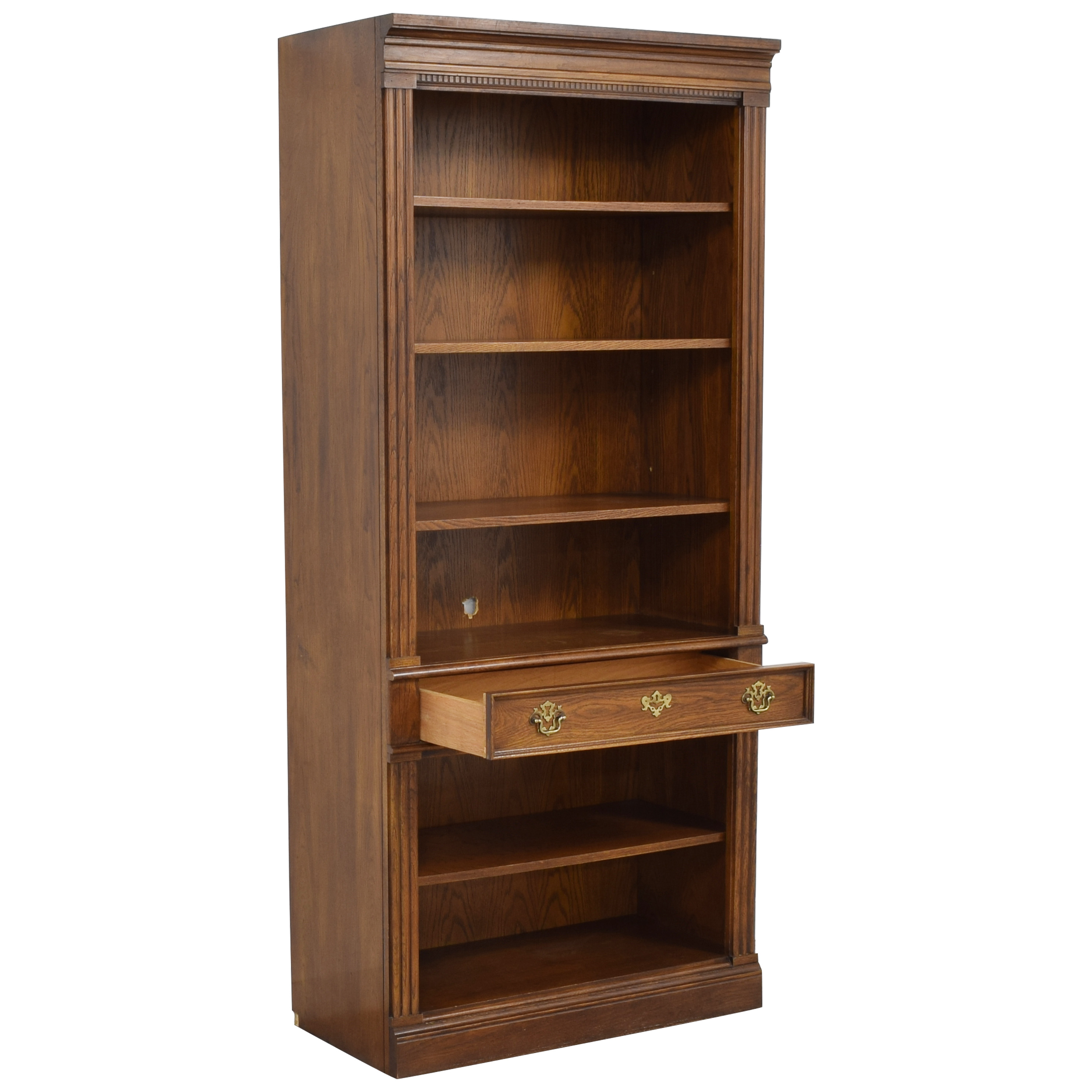 Thomasville Thomasville Bookself with Drawer pa