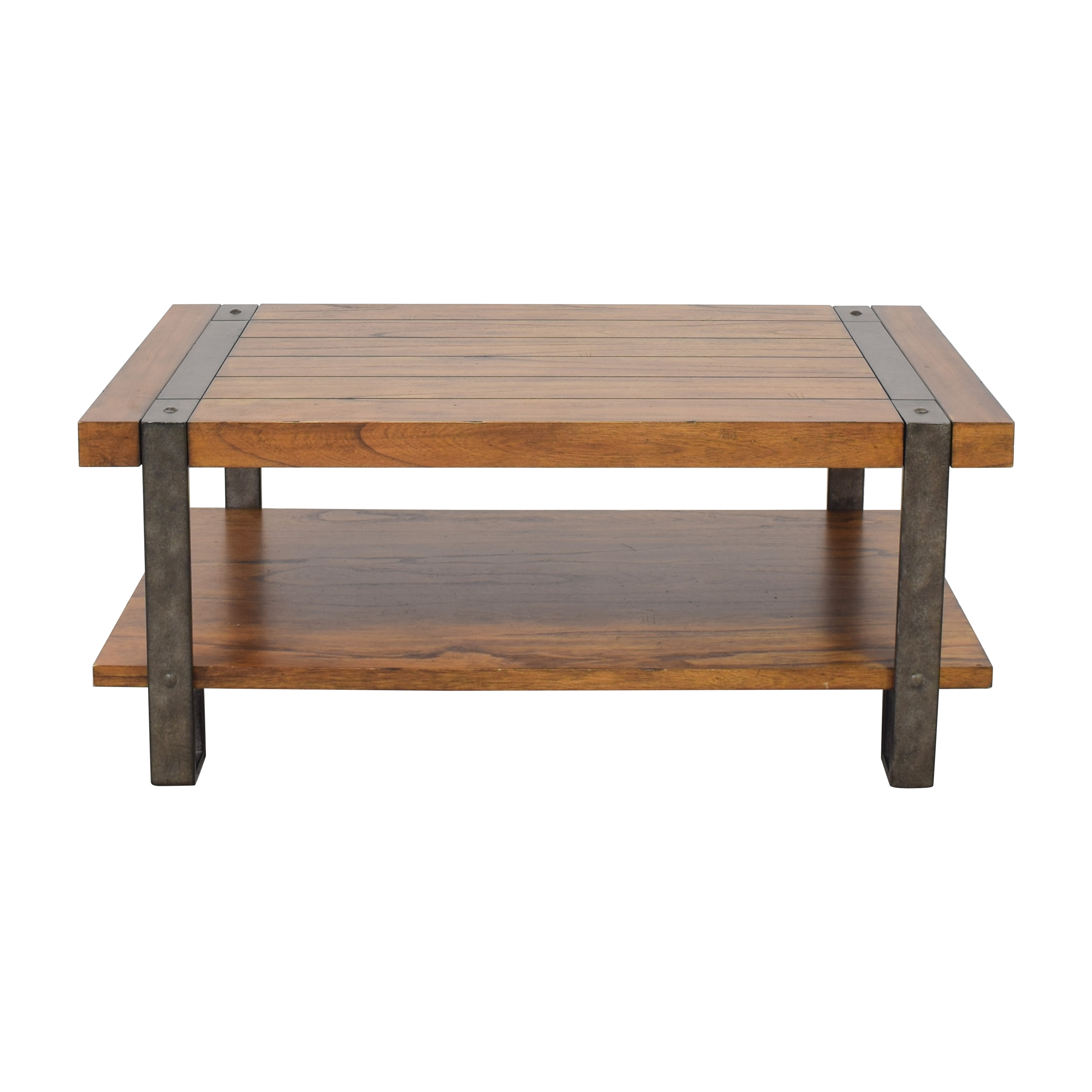 Riverside Furniture Coffee Table / Coffee Tables