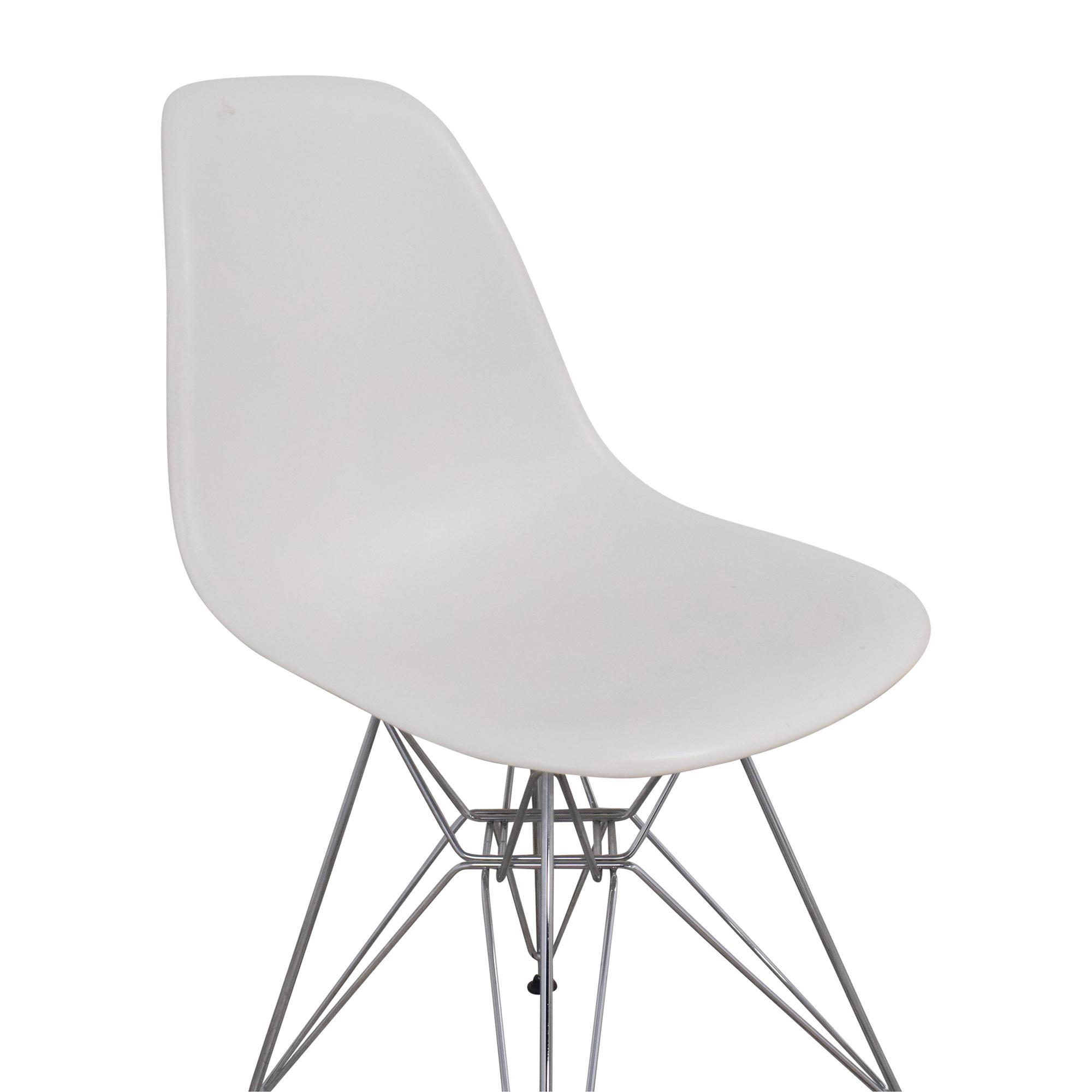 Herman Miller Herman Miller Eames Molded Side Chair for sale