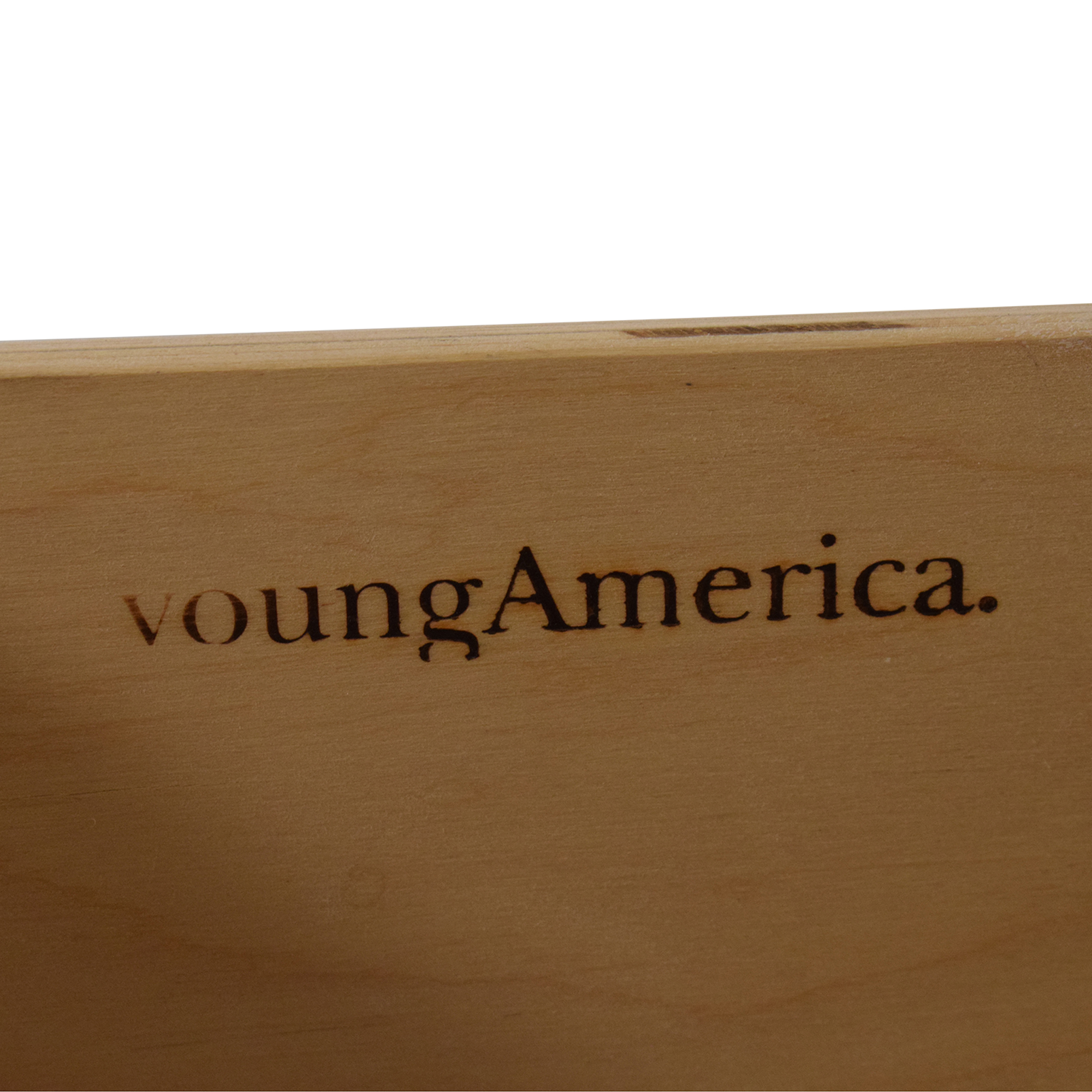 Stanley Furniture Stanley Furniture Young America Isabella Dresser with Tilting Mirror ma