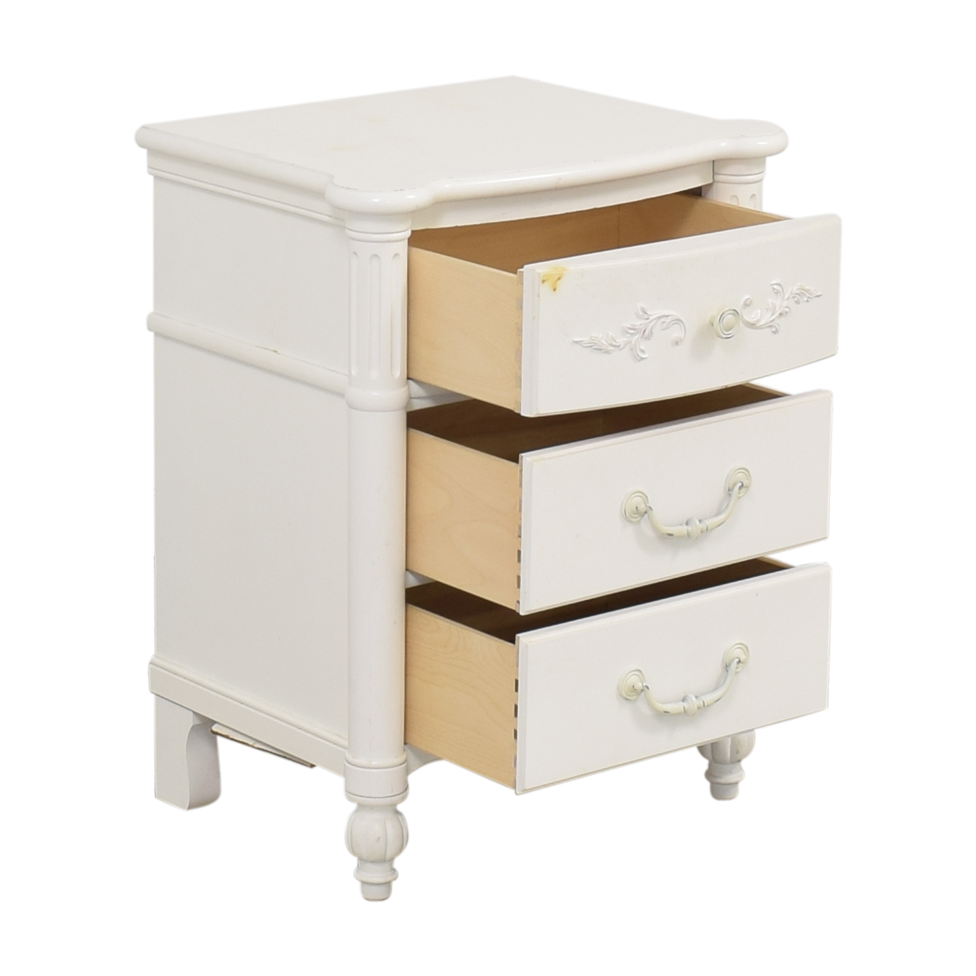 Stanley Furniture Stanley Young America Isabella Three Drawer Nightstand Tables