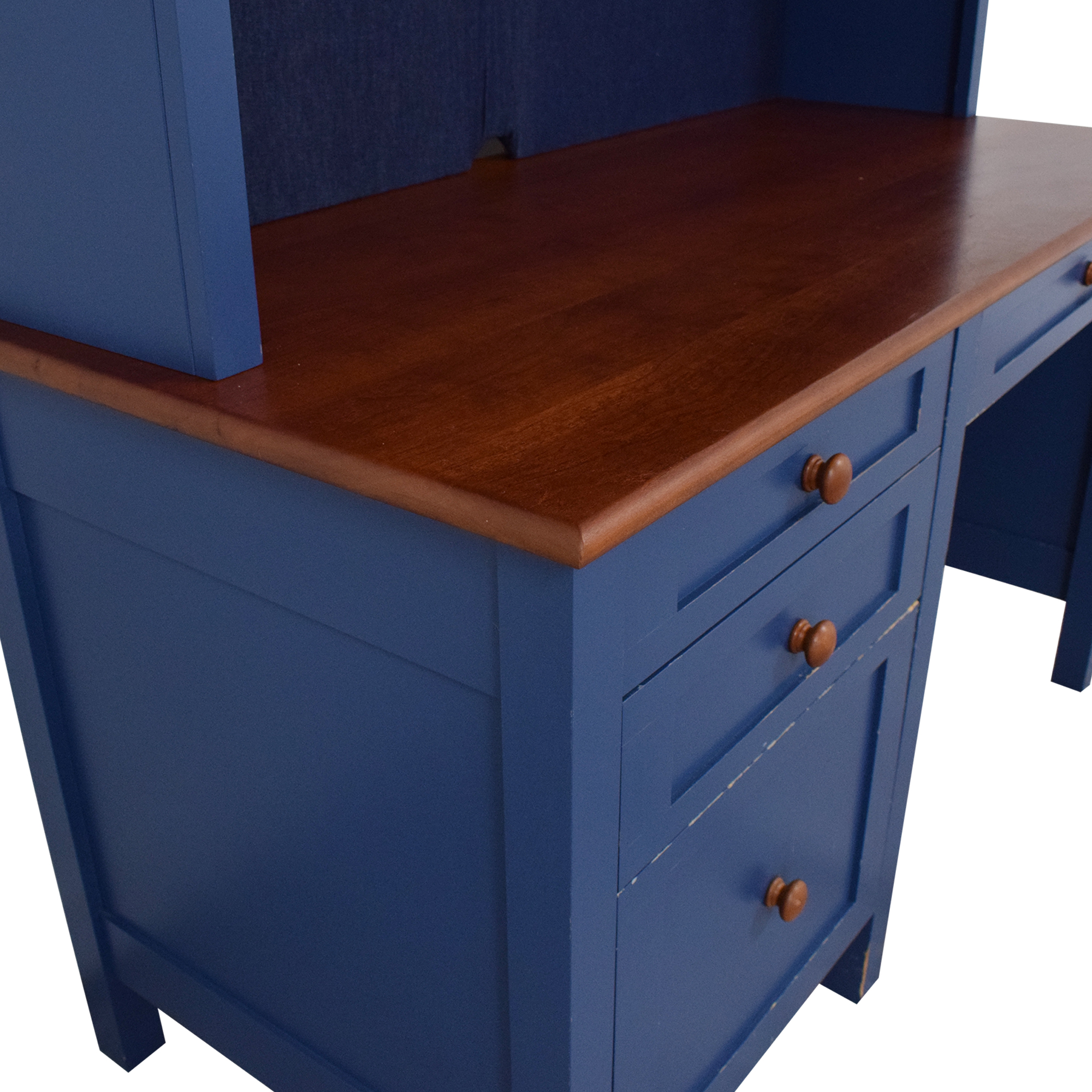 Four Drawer Desk with Hutch / Tables