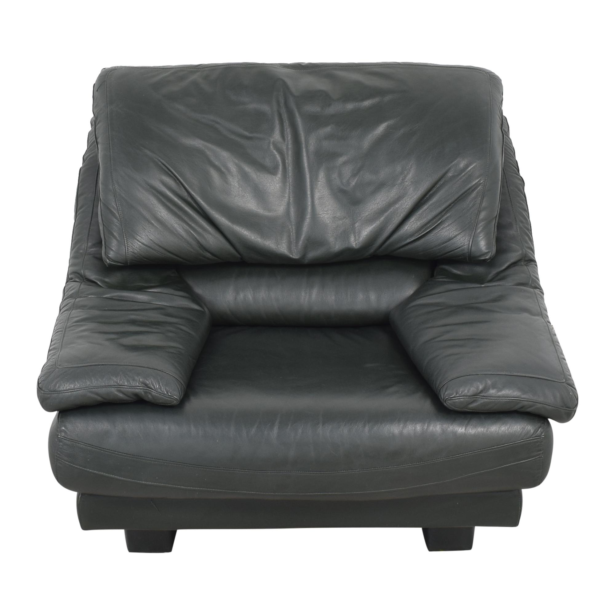 Natuzzi Natuzzi Padded Arm Lounge Chair used