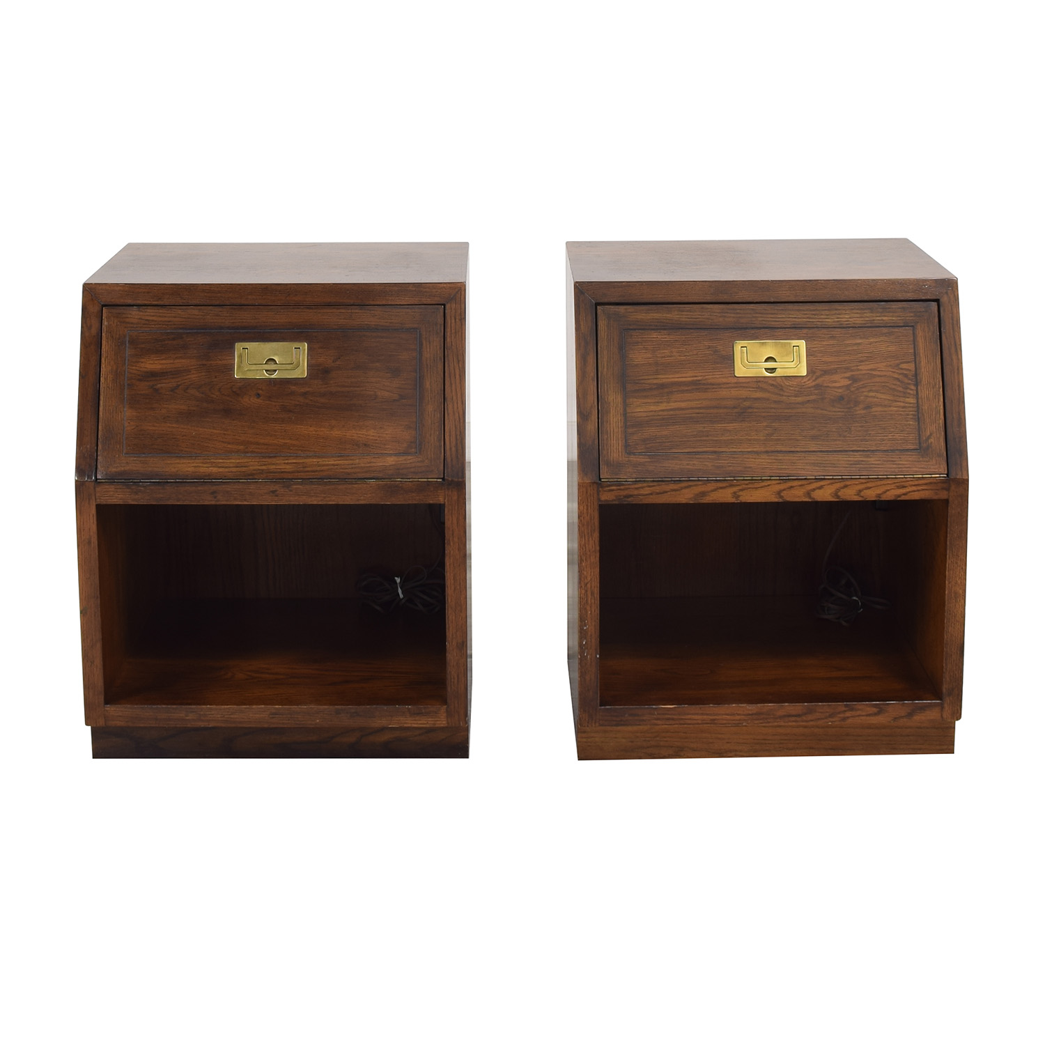 Henredon Furniture Henredon Scene One Campaign Nightstands pa