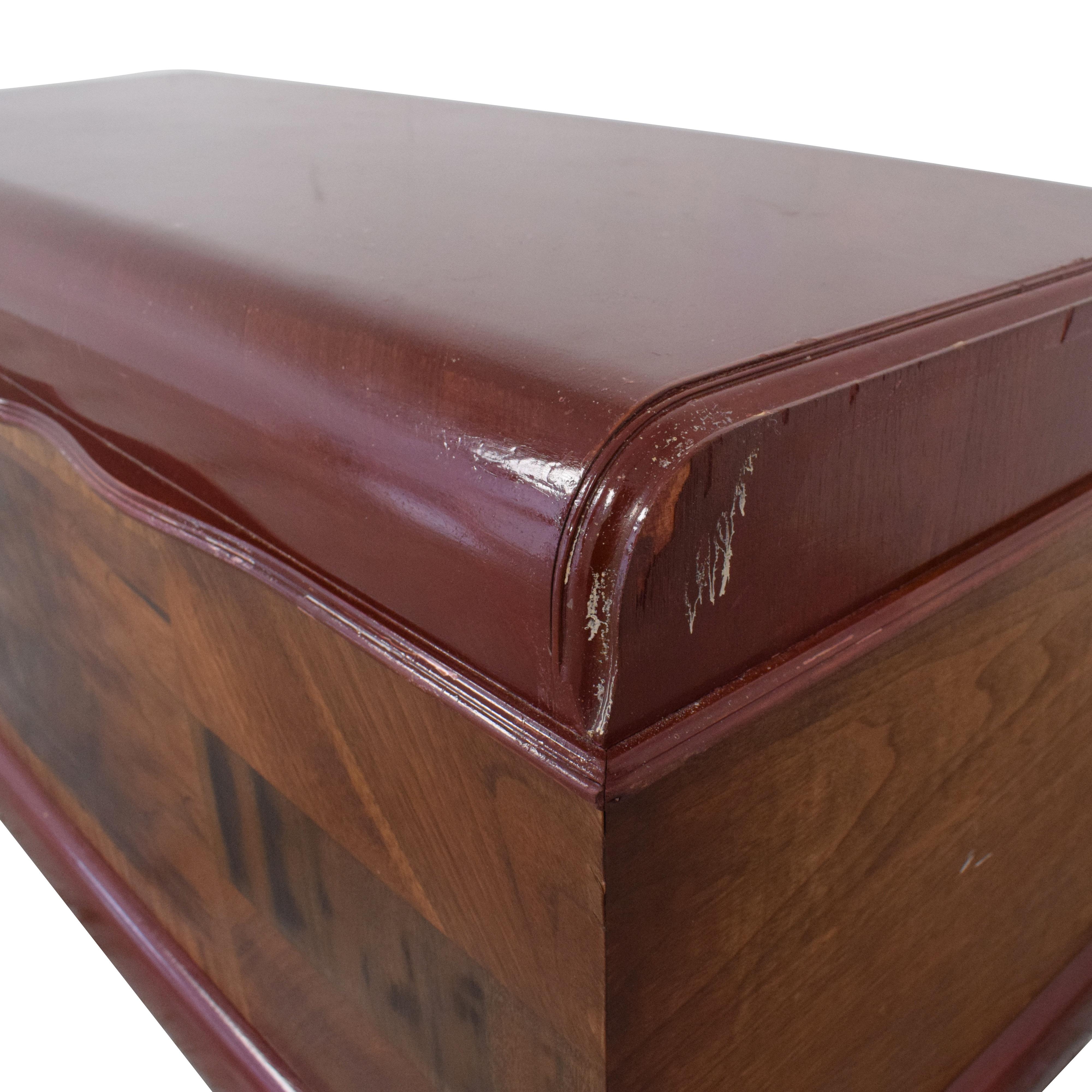 Vintage Lane Furniture Cedar Chest / Trunks