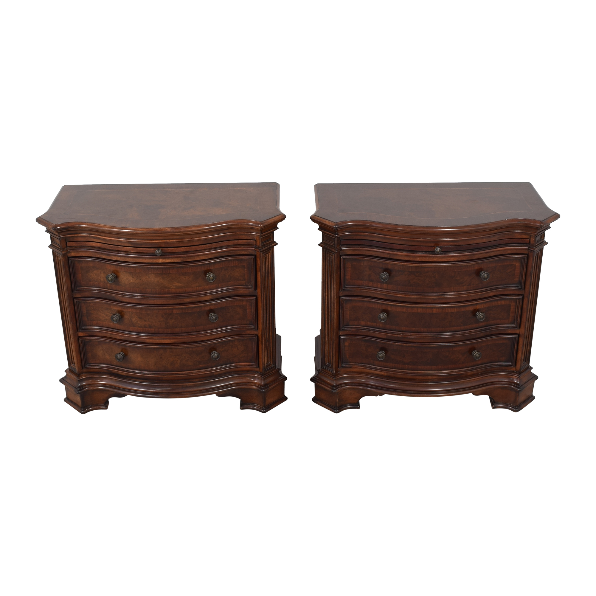 Broyhill Furniture Broyhill Bedside Tables brown