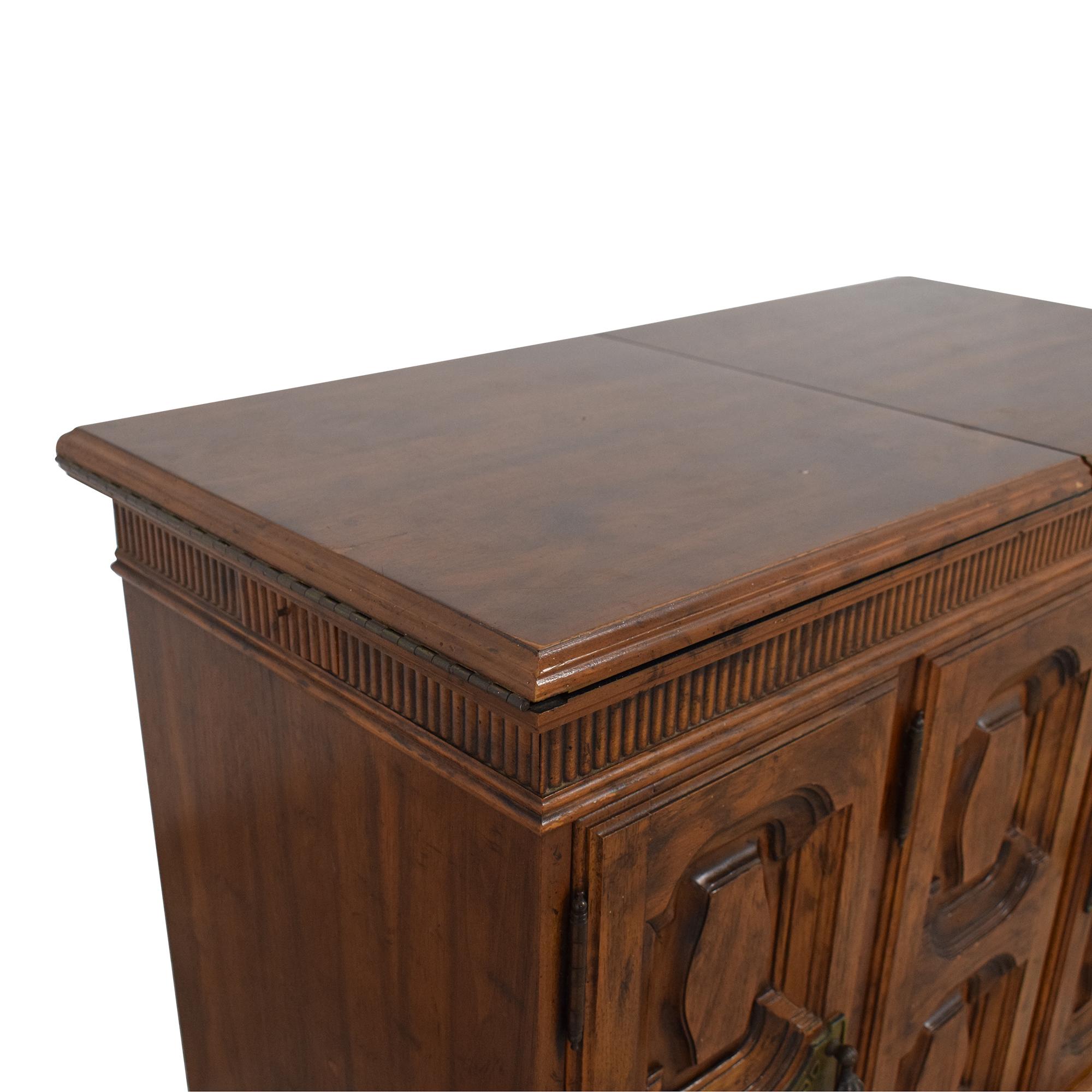 Heritage Extending Bar Cabinet / Storage