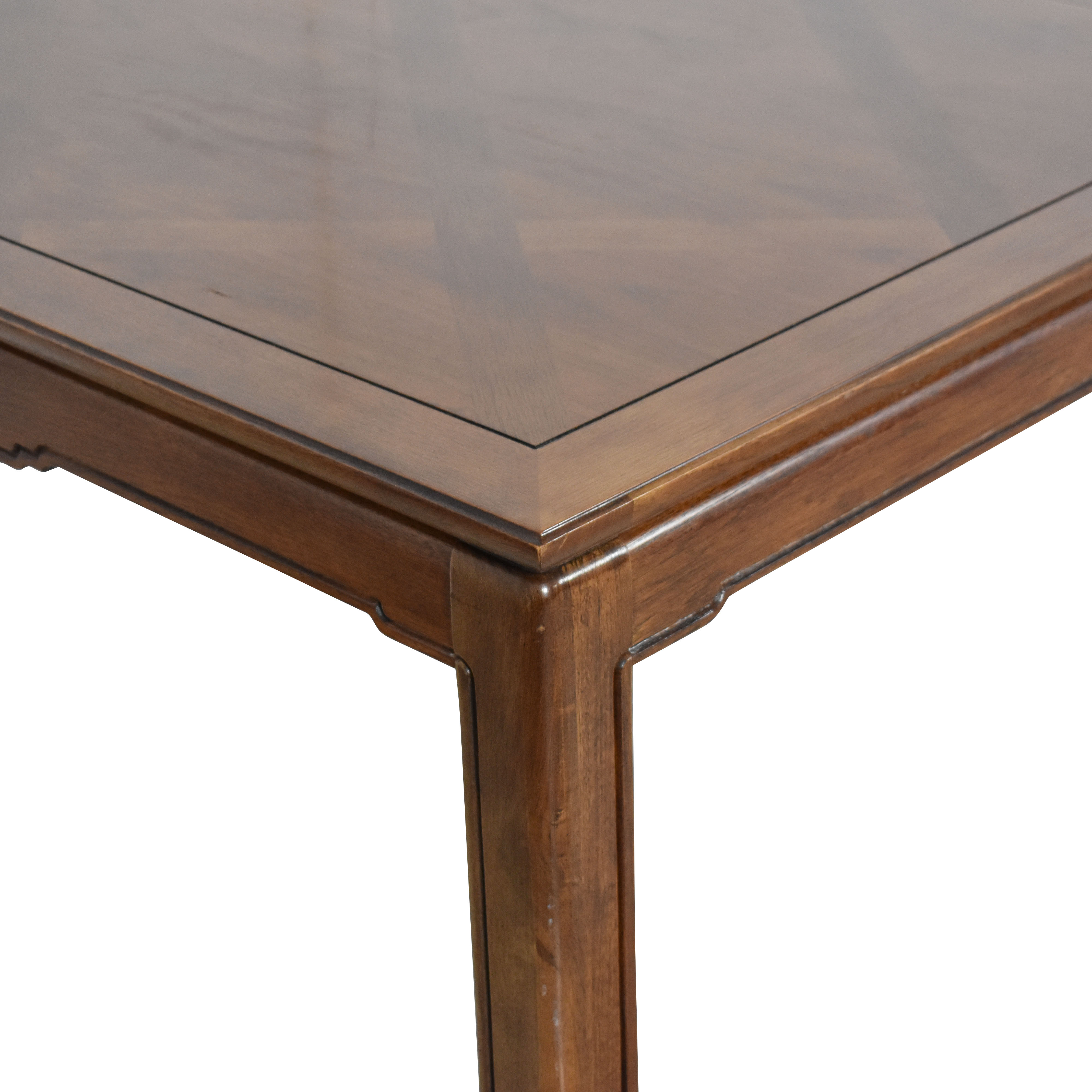 Thomasville Mystique Dinner Table / Tables