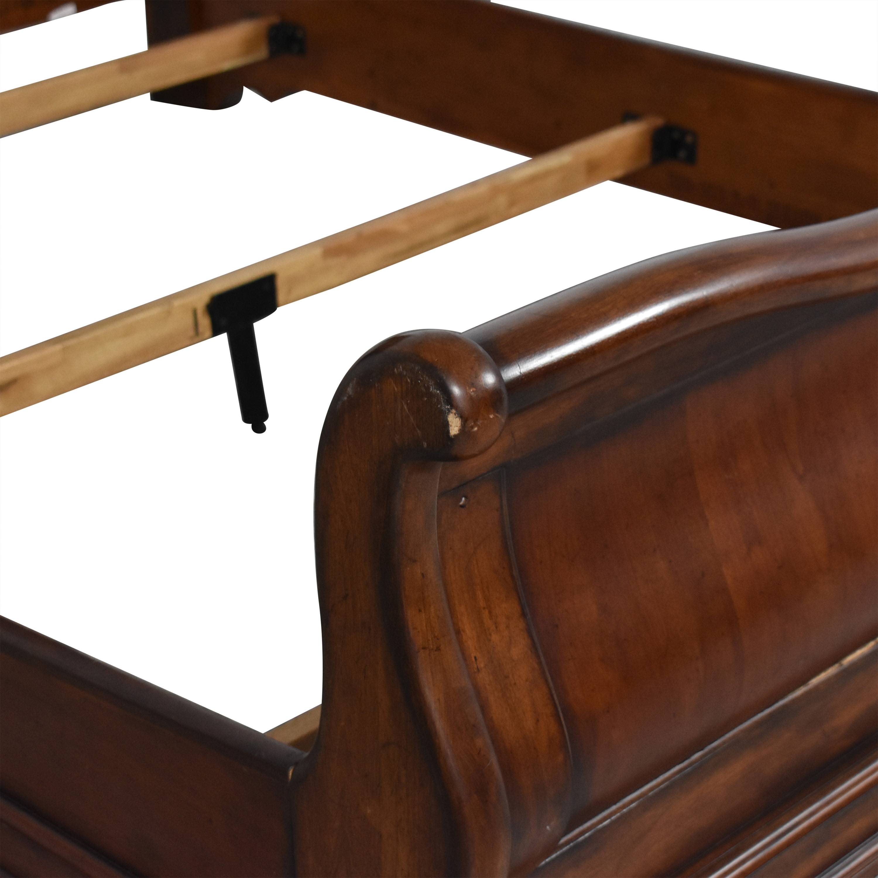Traditional Style Queen Sleigh Bed second hand