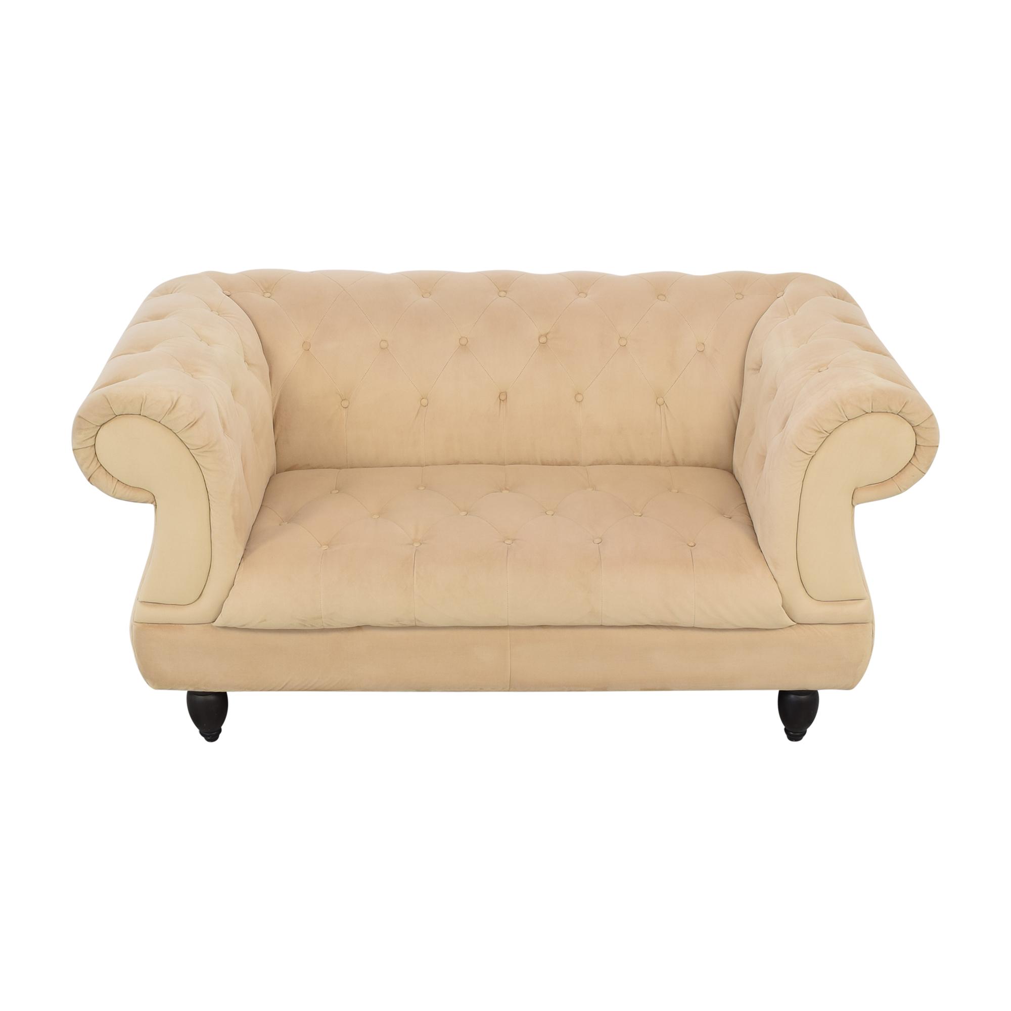 Raymour & Flanigan Chesterfield Sofa / Classic Sofas