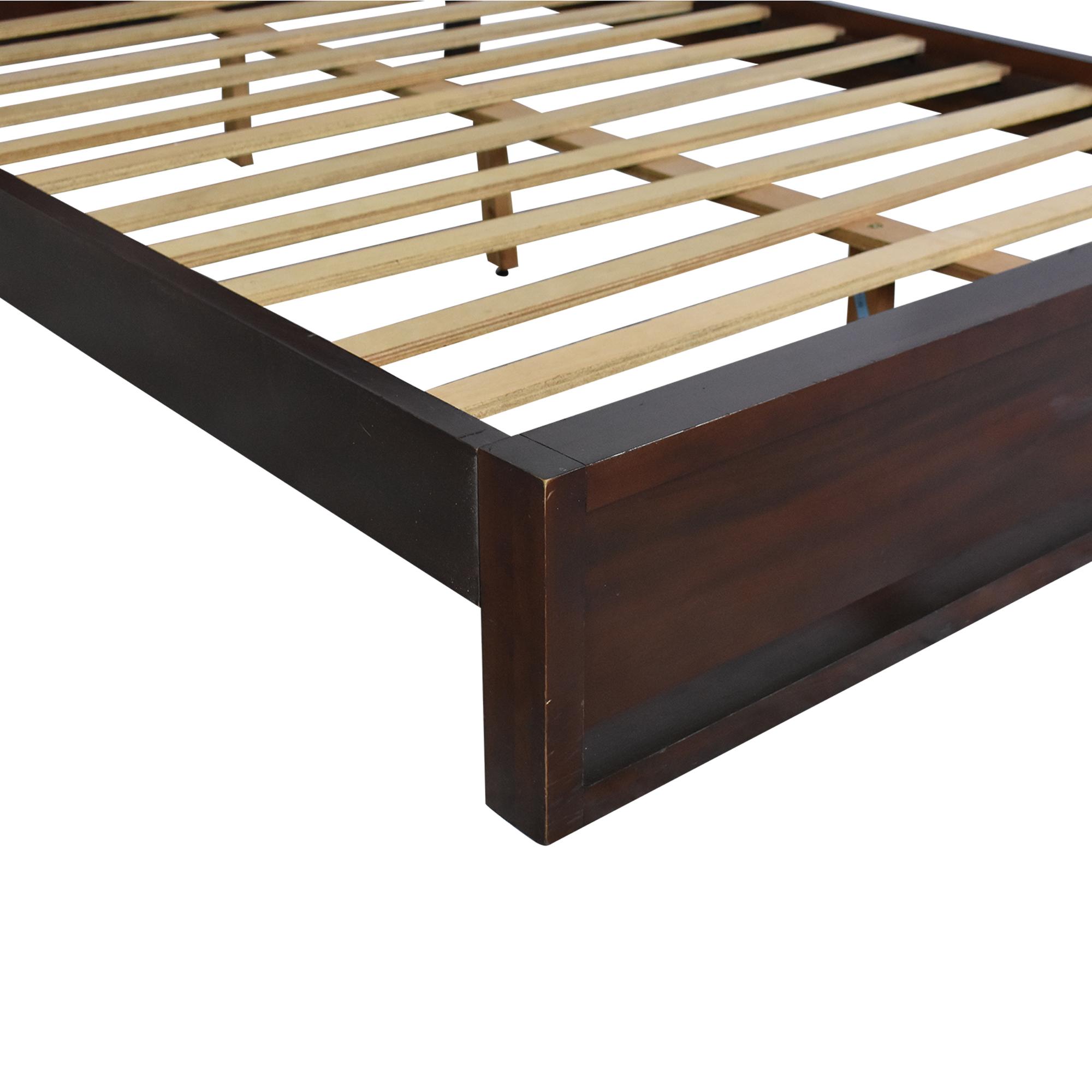 Casana Furniture Casana Queen Platform Bed