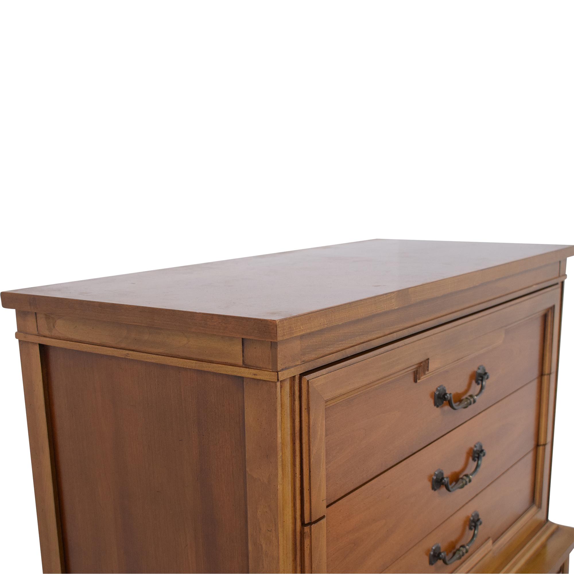Thomasville Thomasville Six Drawer Chest of Drawers Dresser discount