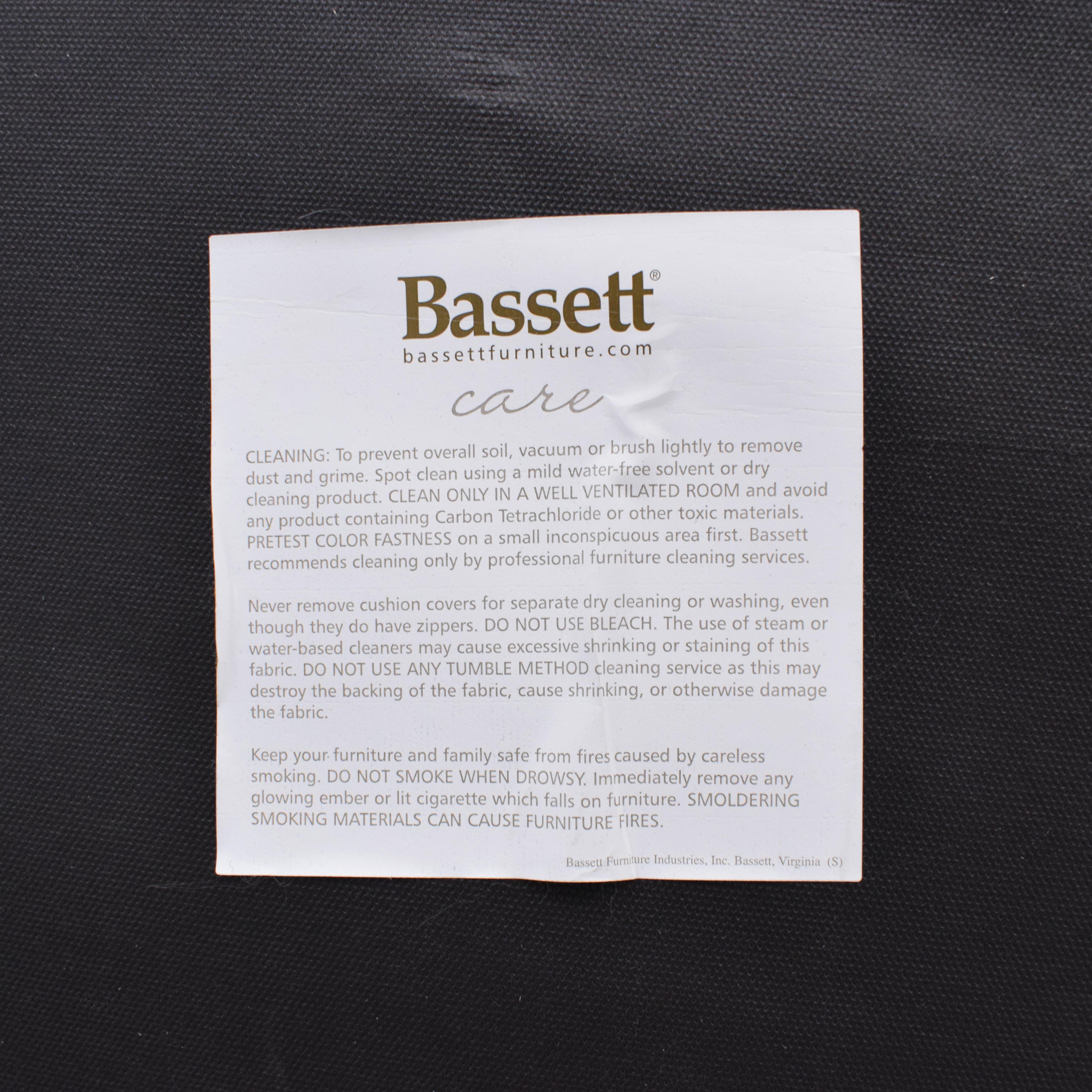 shop Bassett Furniture Bassett Furniture Chesterfield Sofa online